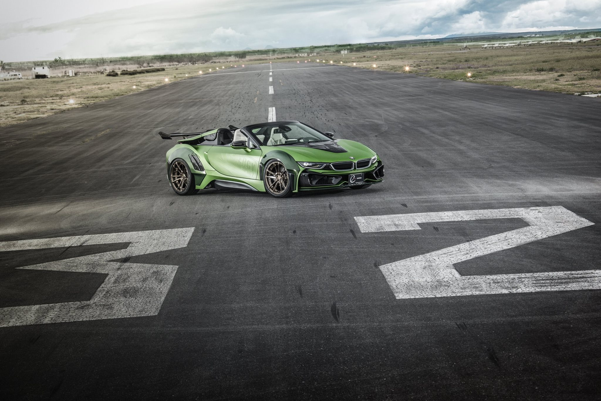 BMW-i8-Roadster-Army-Edition-by-EVE.RYN-13