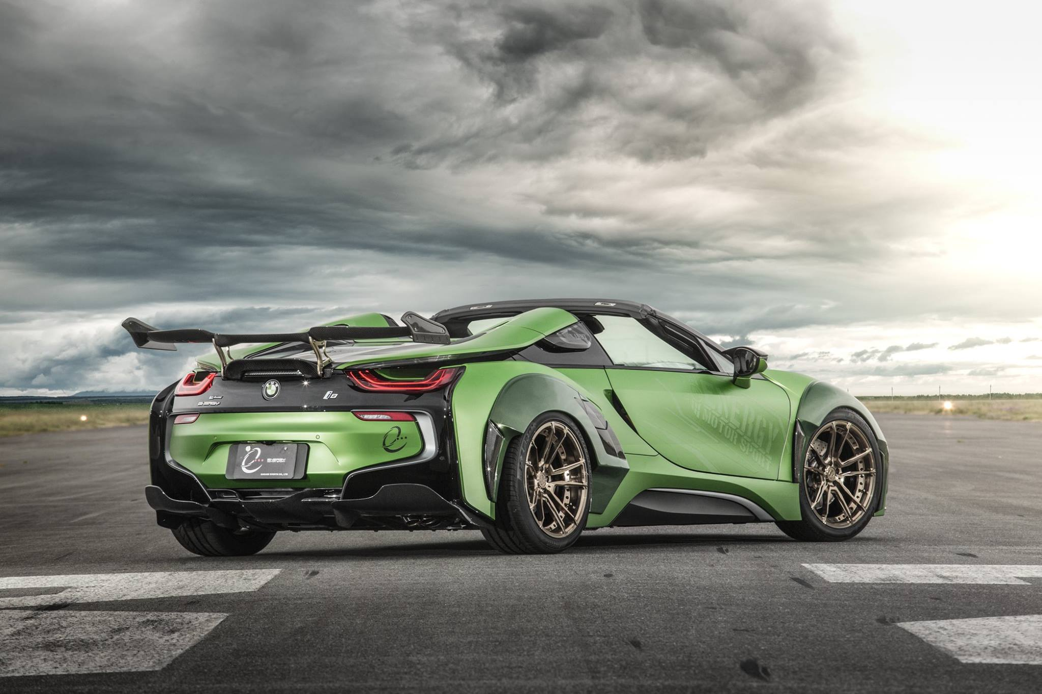 BMW-i8-Roadster-Army-Edition-by-EVE.RYN-5