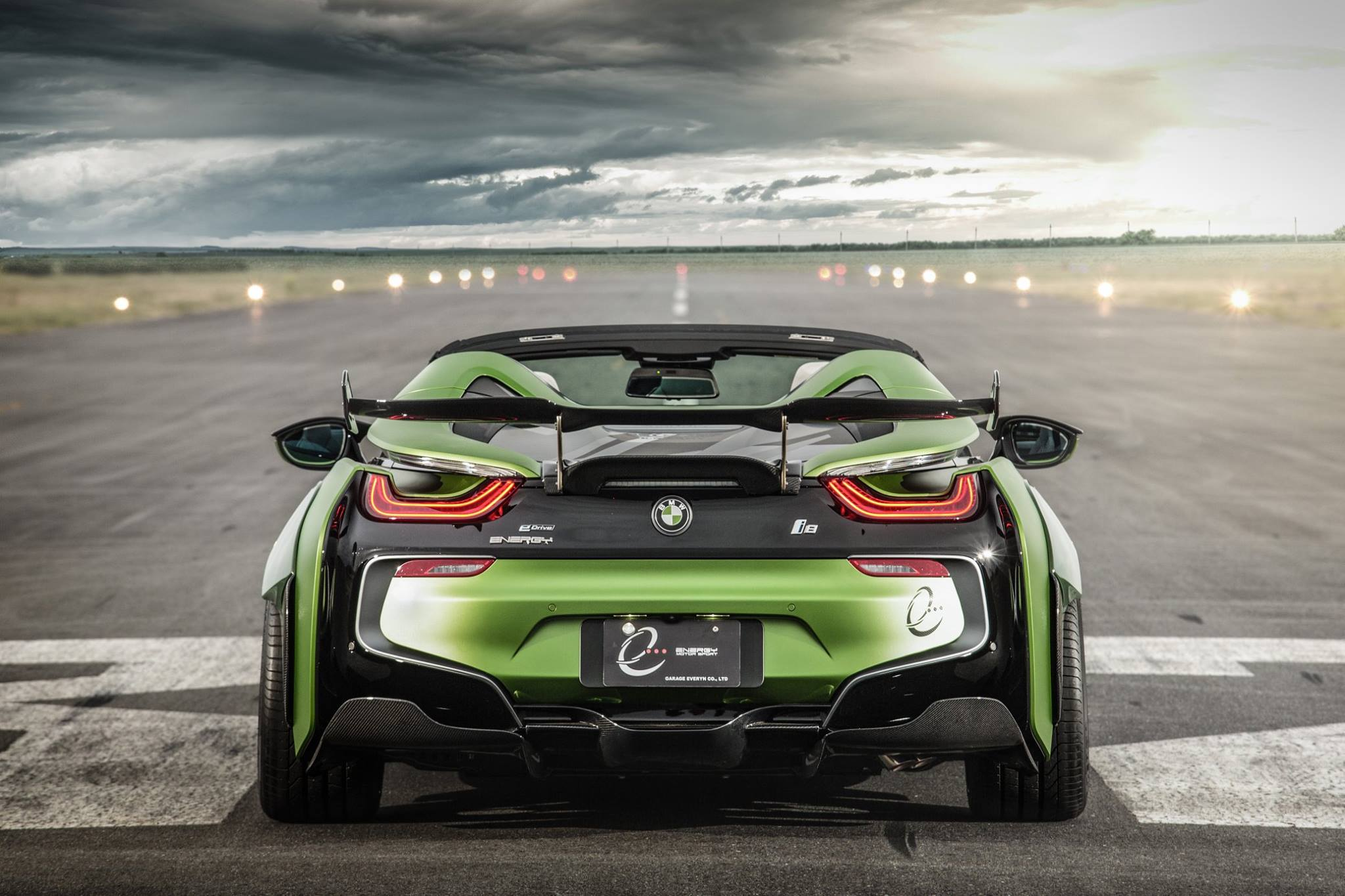 BMW-i8-Roadster-Army-Edition-by-EVE.RYN-9