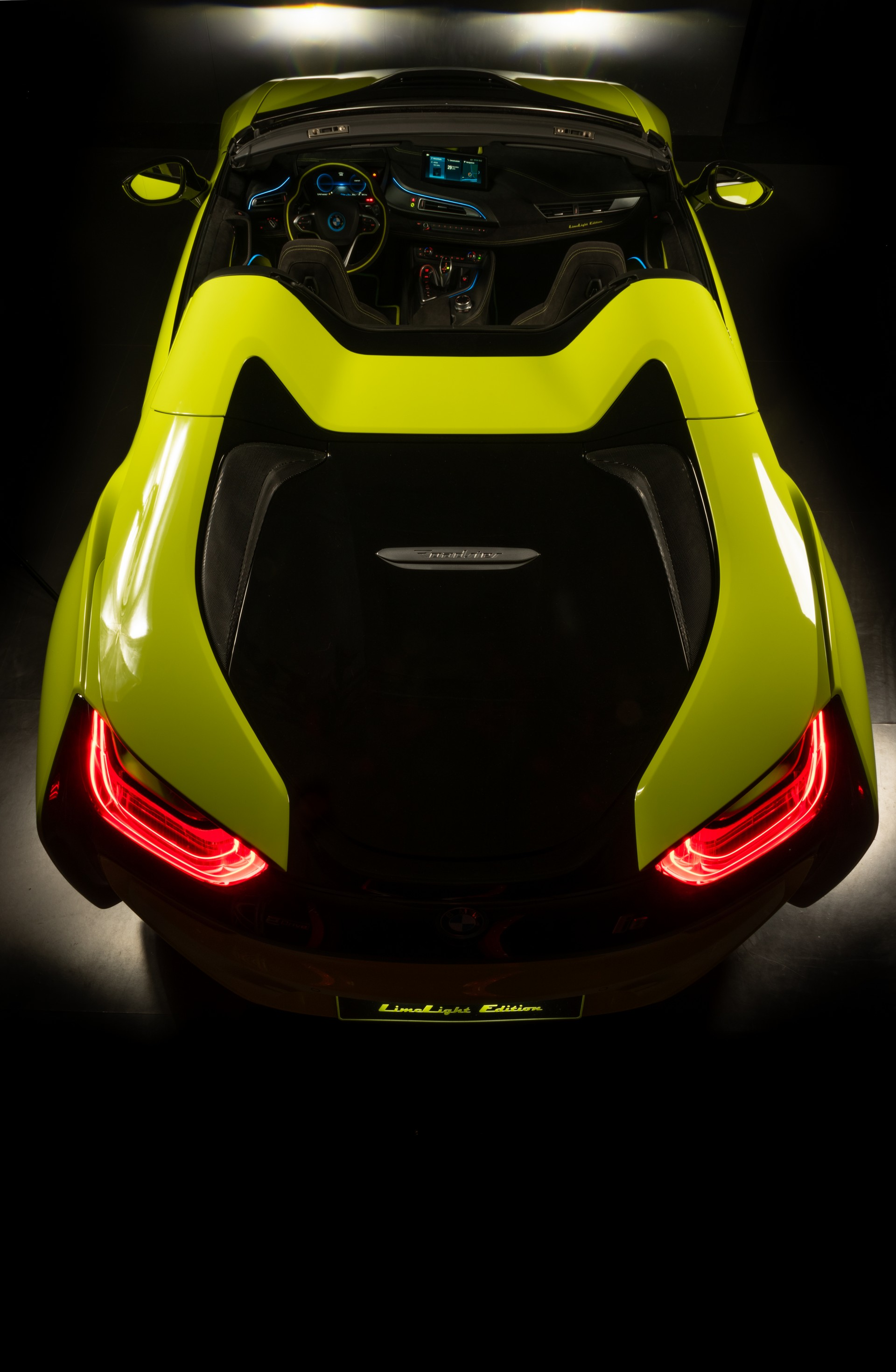 BMW-i8-Roadster-LimeLight-Edition-8