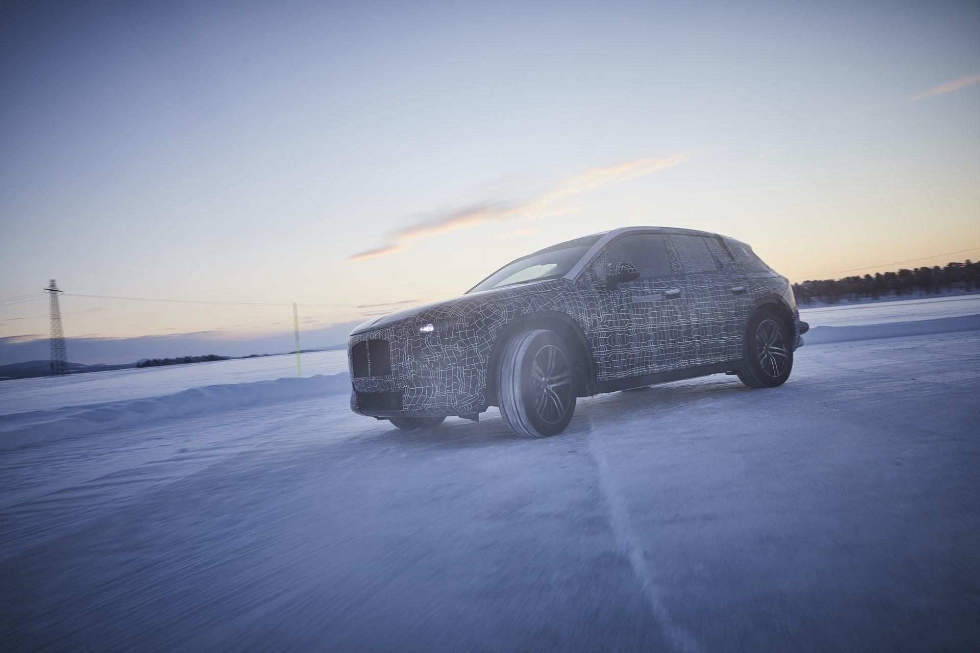 BMW iNEXT (2)
