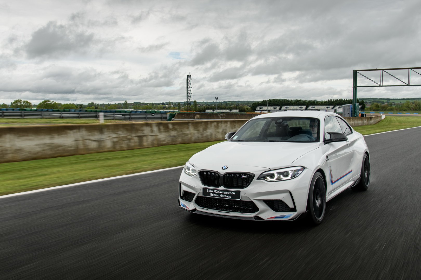 BMW-M2-Competition-Heritage-Edition-2