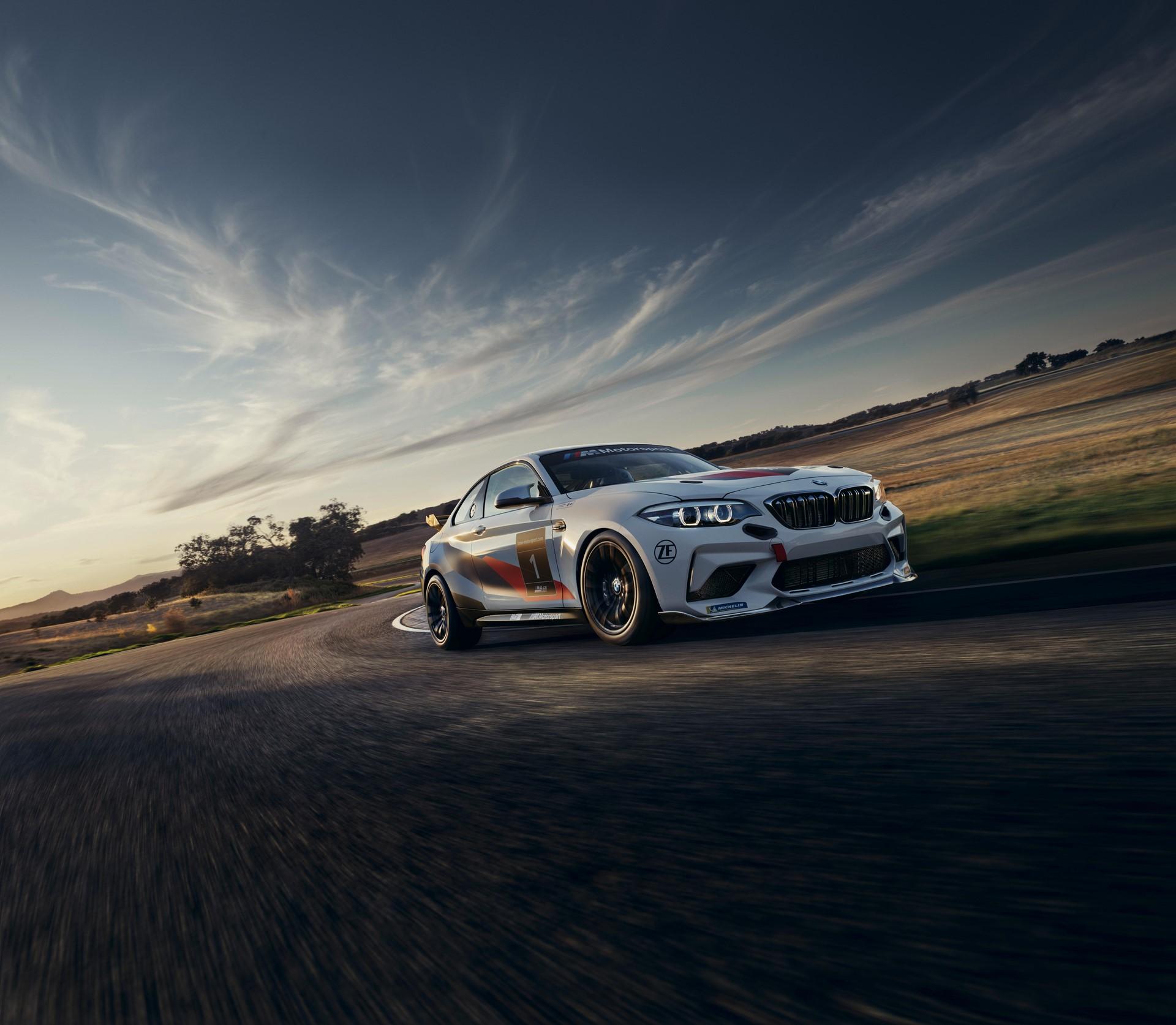 BMW-M2-CS-Racing-2