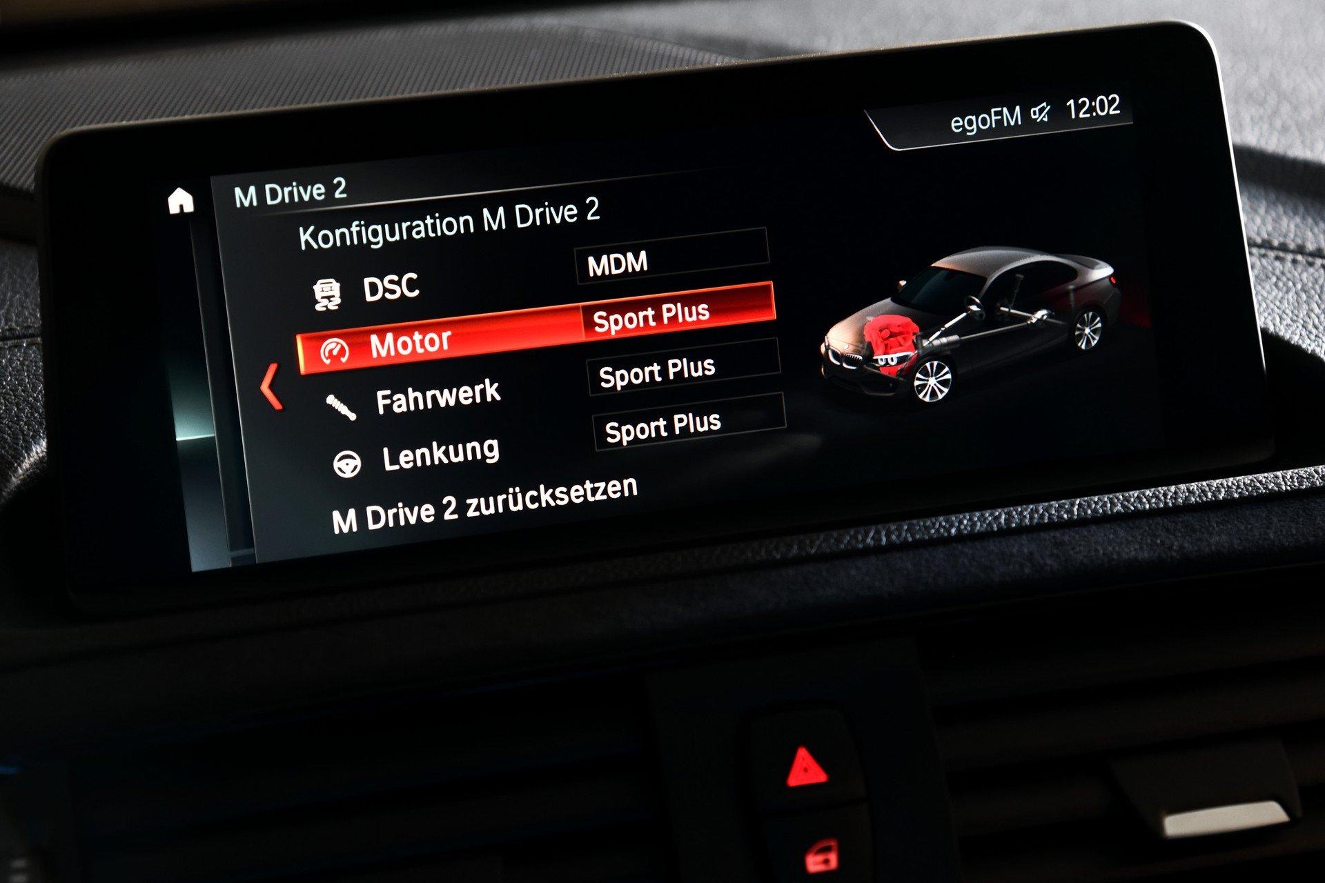 BMW-M2-CS-2020-19