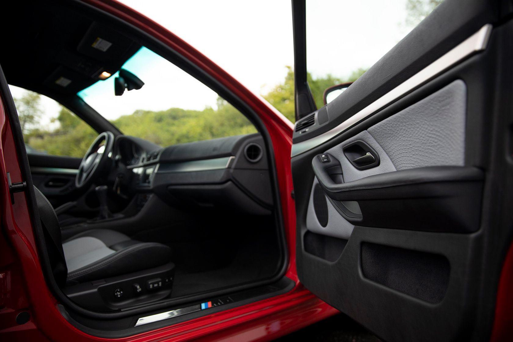 BMW_M5_E39_Imola_Red_0005