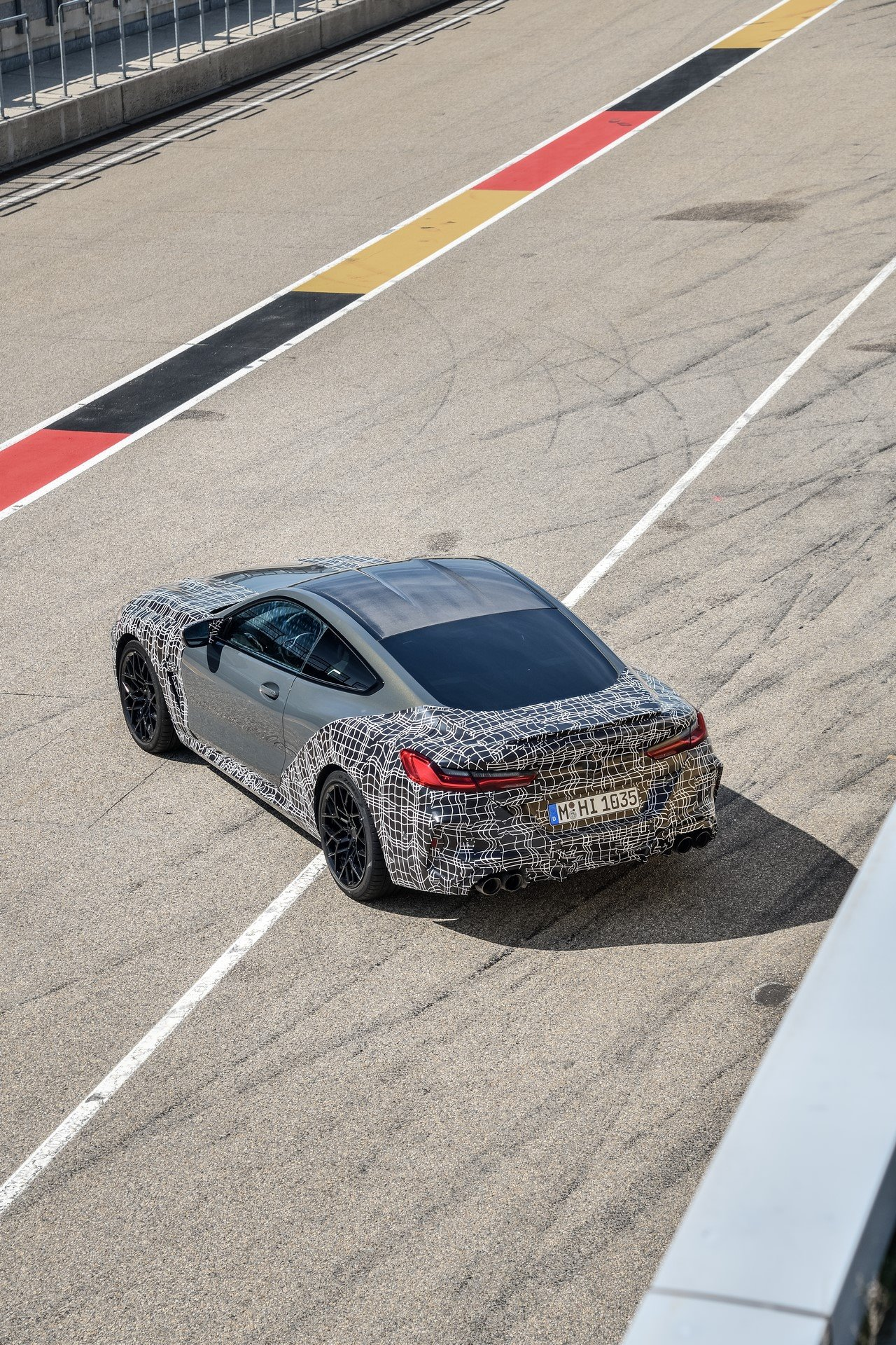 BMW-M8-spy-photos-12