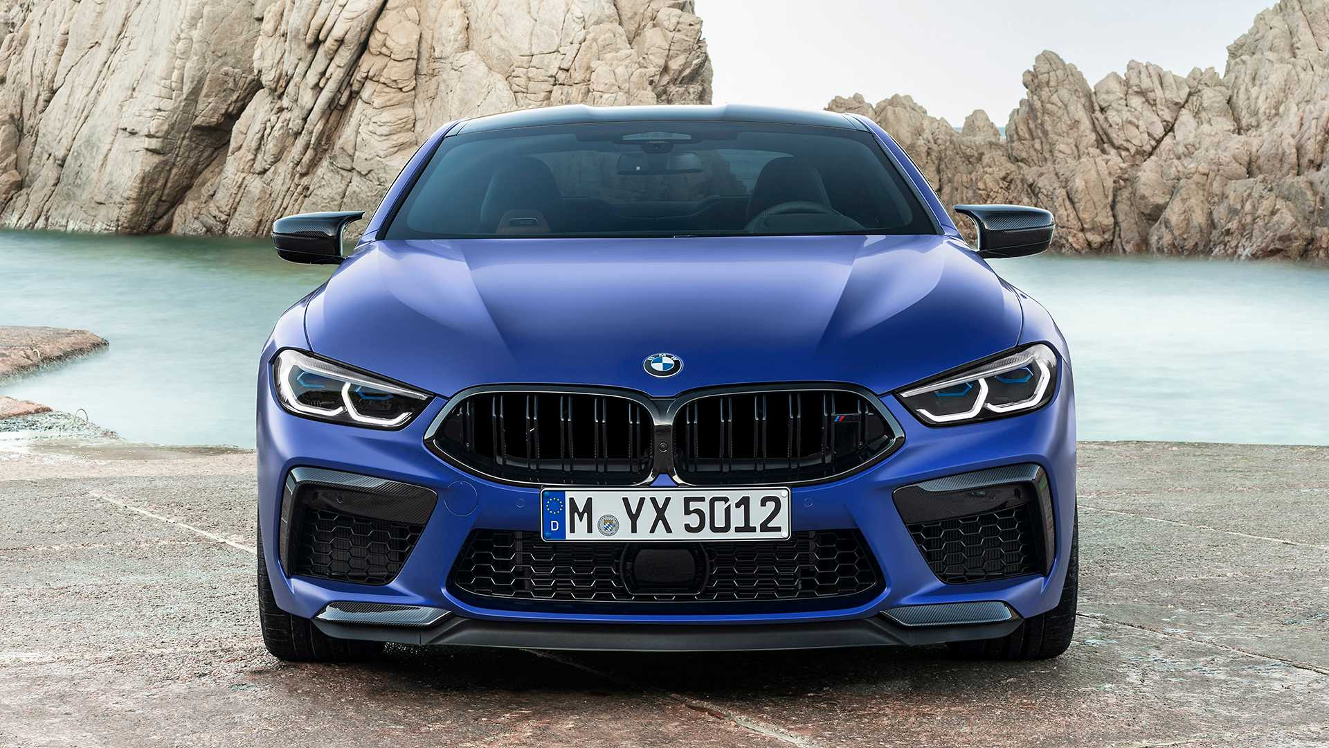 2019-bmw-m8-coupe-29