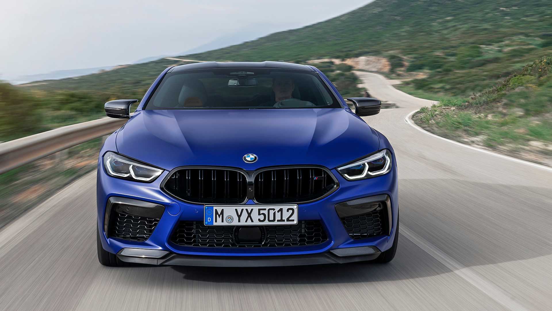 2019-bmw-m8-coupe-3
