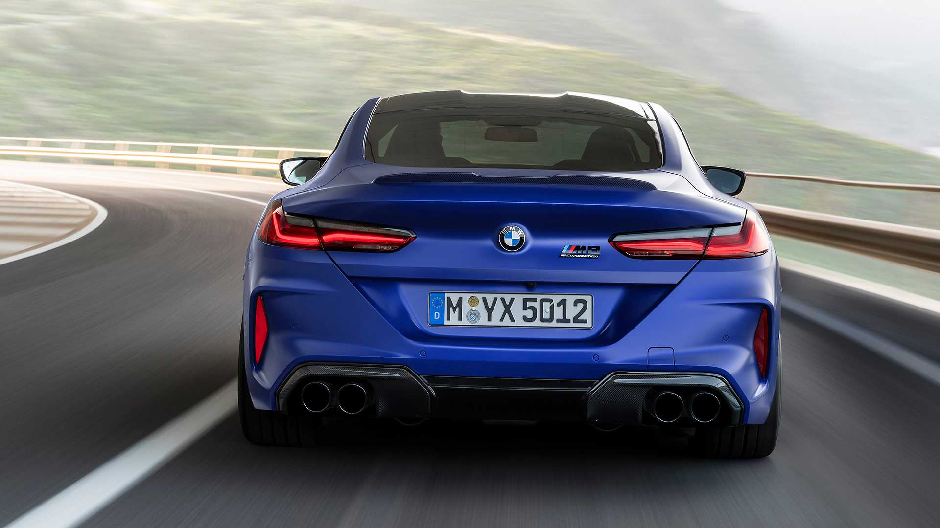 2019-bmw-m8-coupe-4