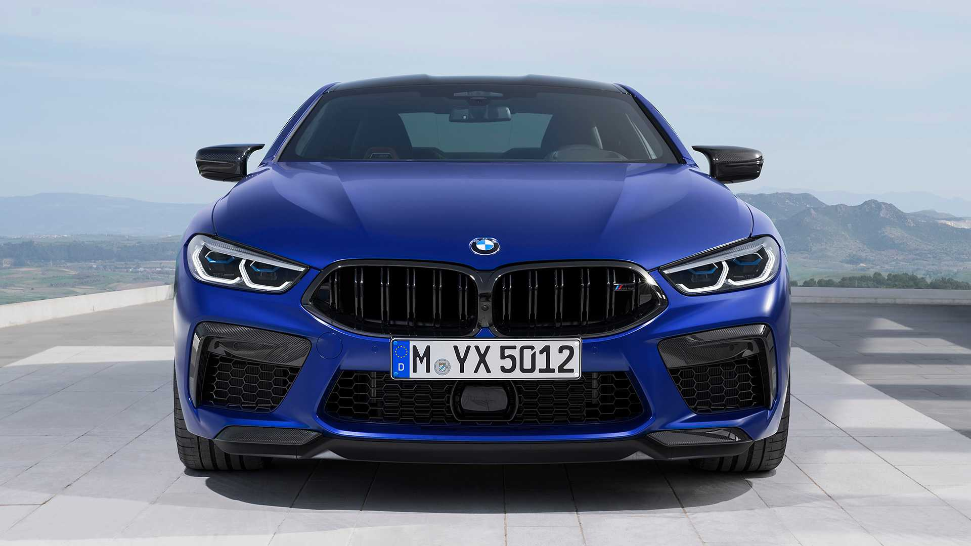 2019-bmw-m8-coupe-45