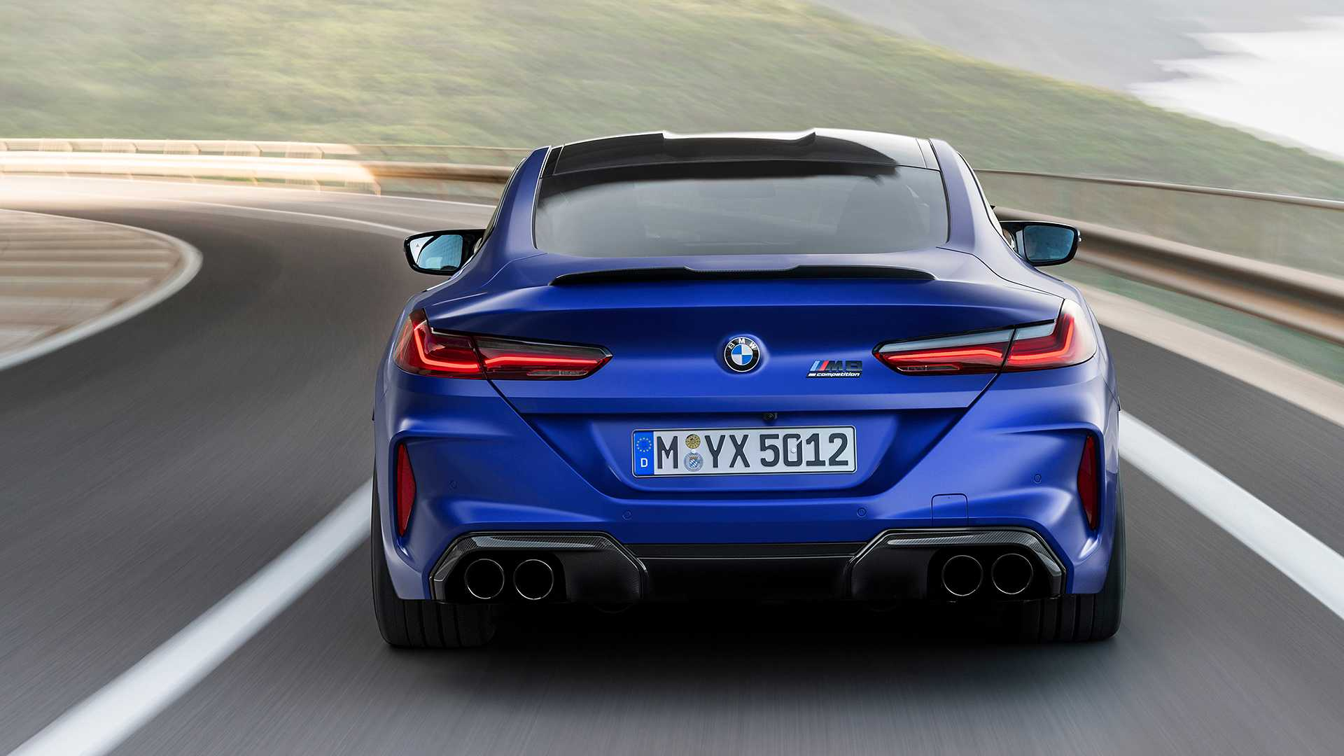 2019-bmw-m8-coupe-6
