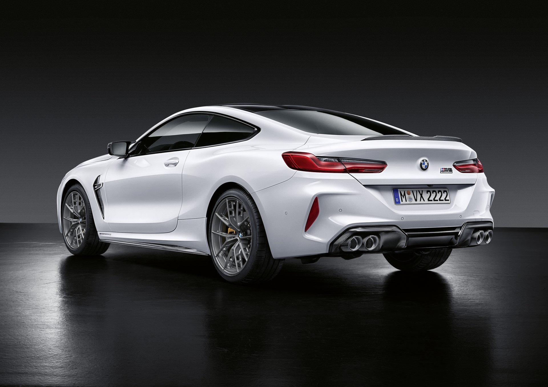 BMW-M8-coupe-with-M-Performance-Parts-2