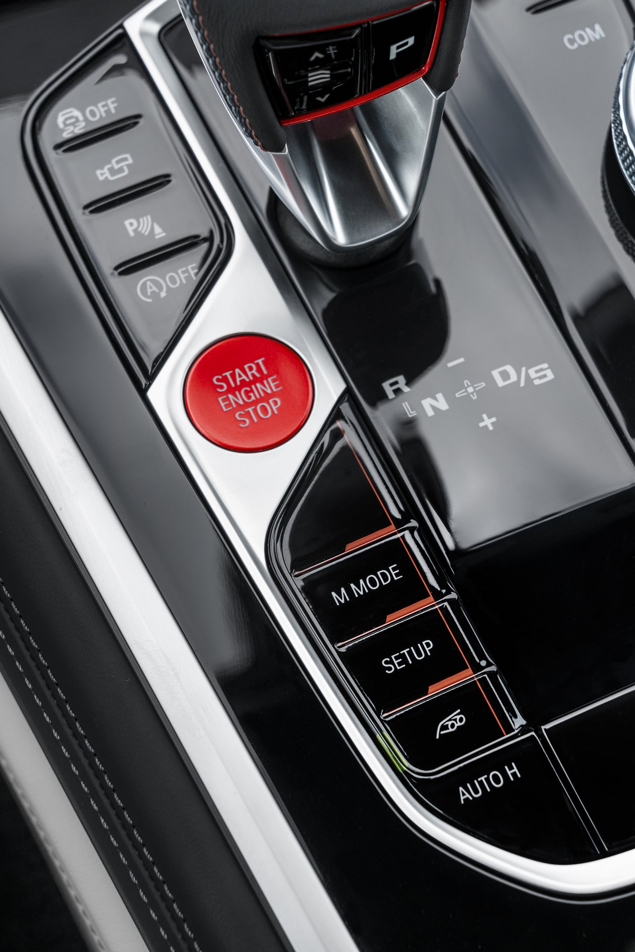BMW-M8-Gran-Coupe-2020-128