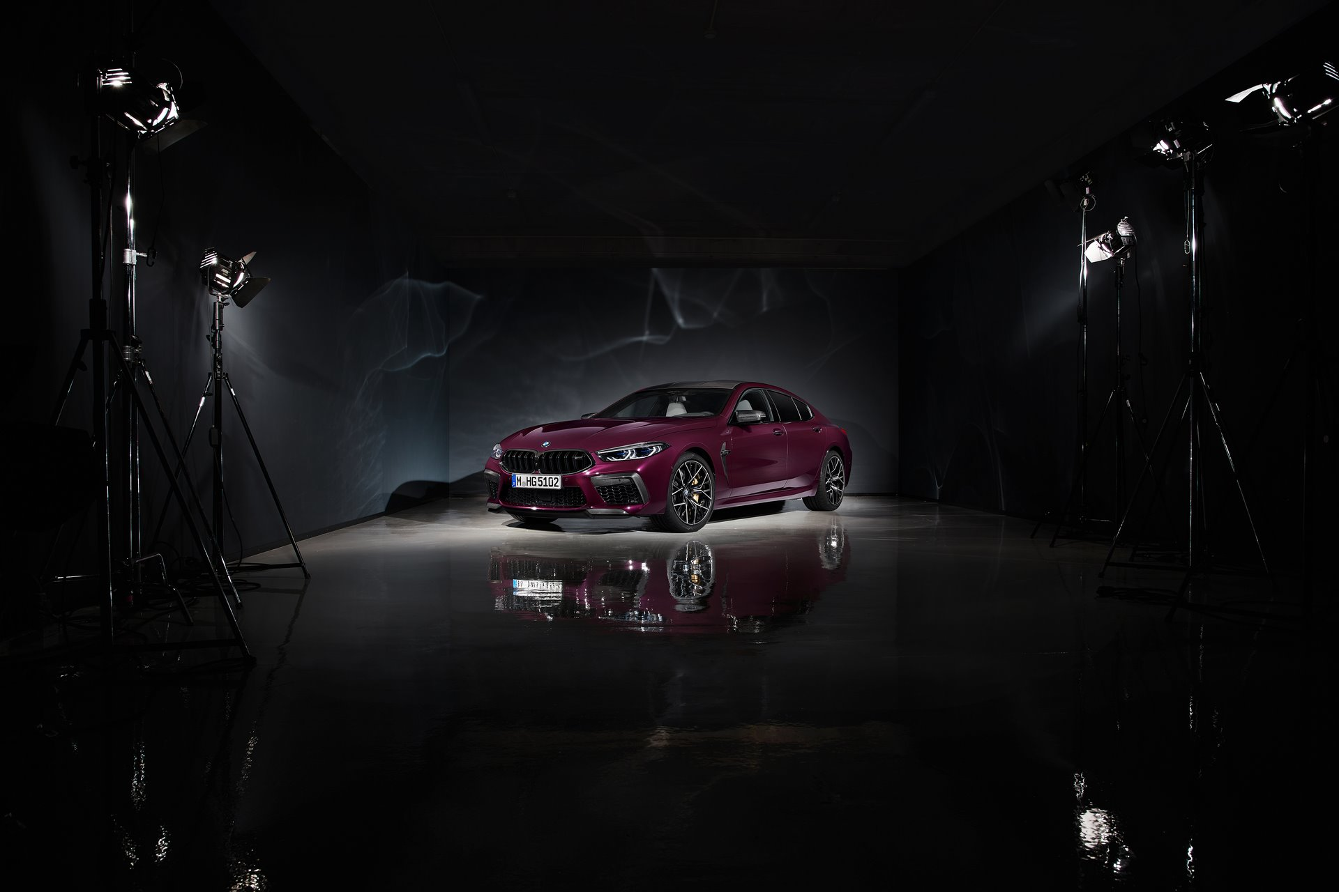 BMW-M8-Gran-Coupe-2020-2