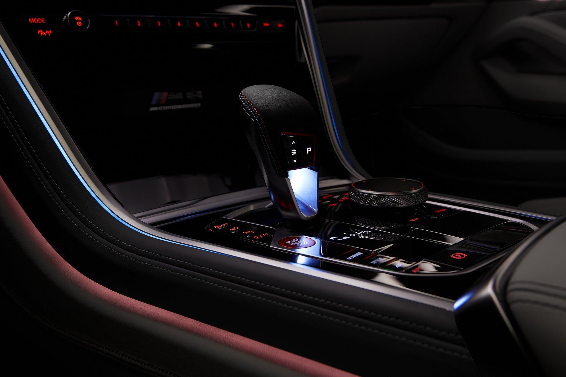 BMW-M8-Gran-Coupe-2020-31