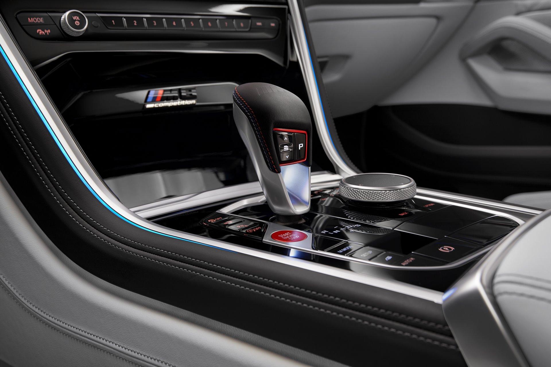BMW-M8-Gran-Coupe-2020-32