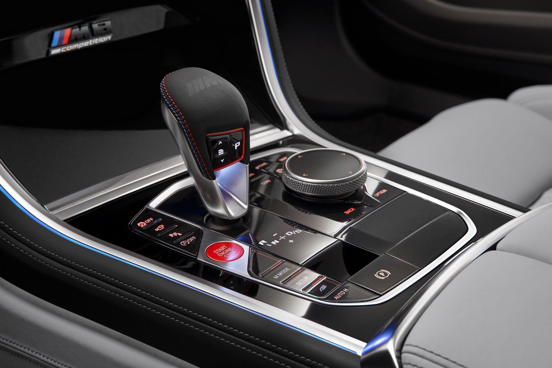 BMW-M8-Gran-Coupe-2020-34