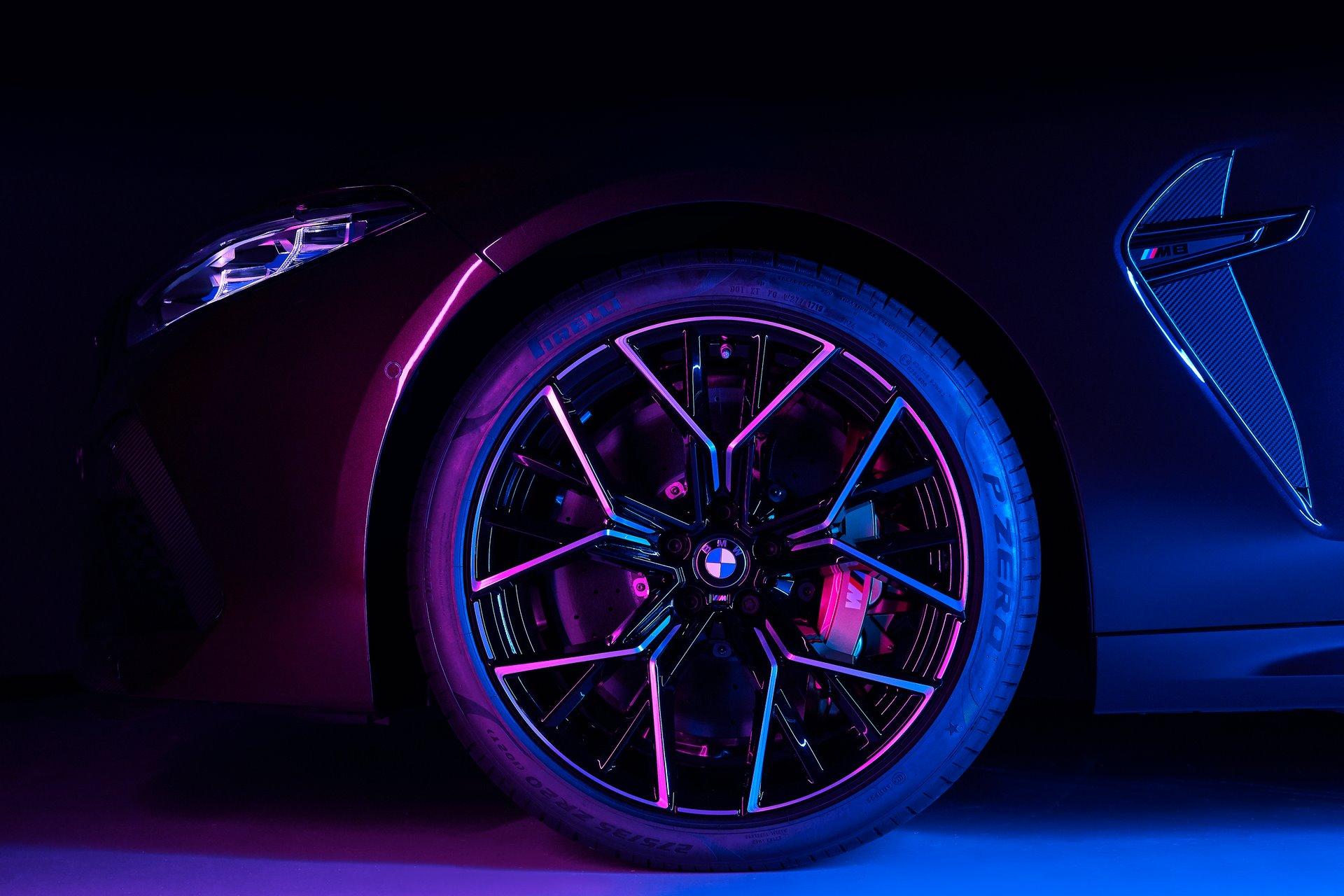BMW-M8-Gran-Coupe-2020-38