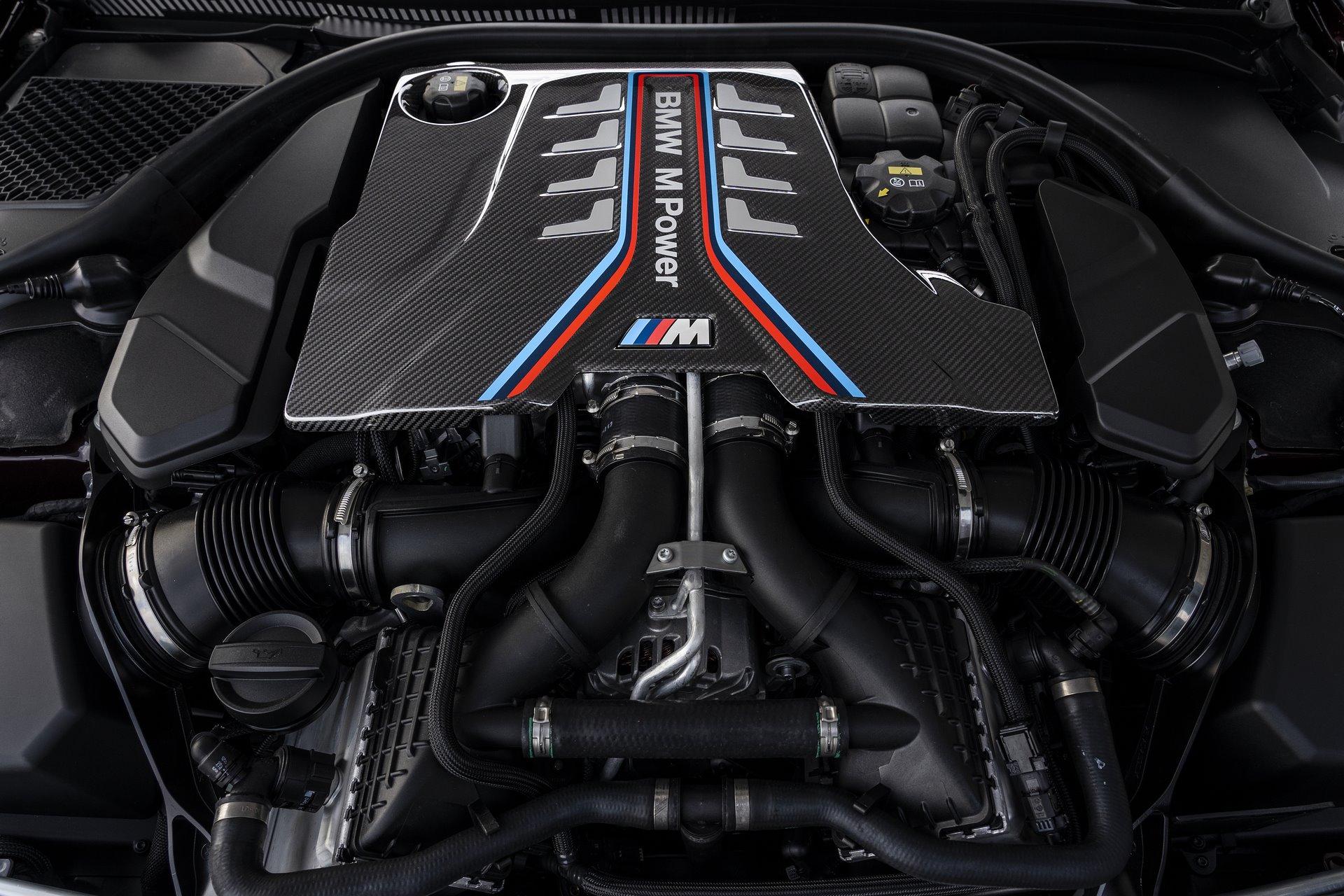BMW-M8-Gran-Coupe-2020-63