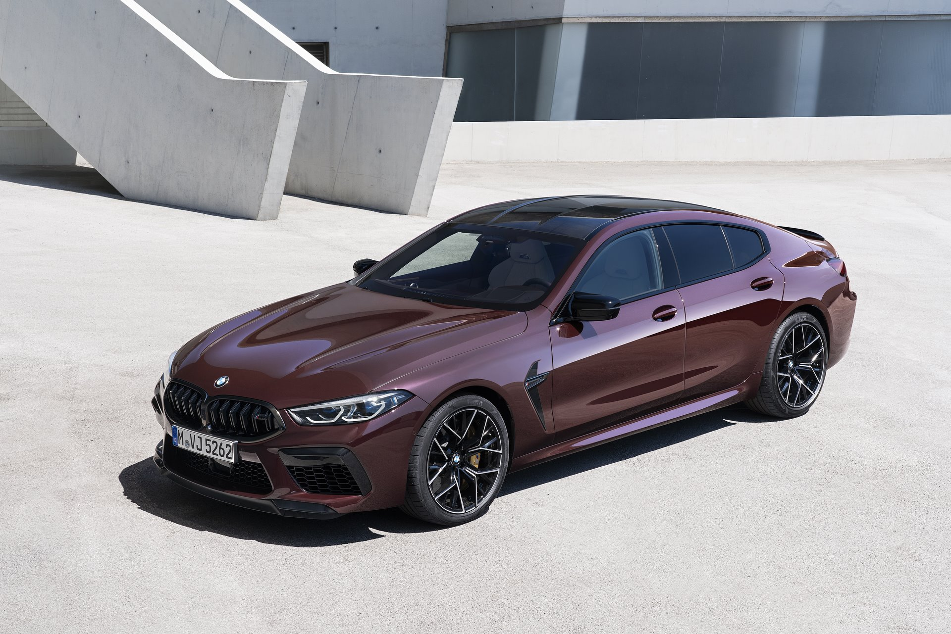 BMW-M8-Gran-Coupe-2020-87