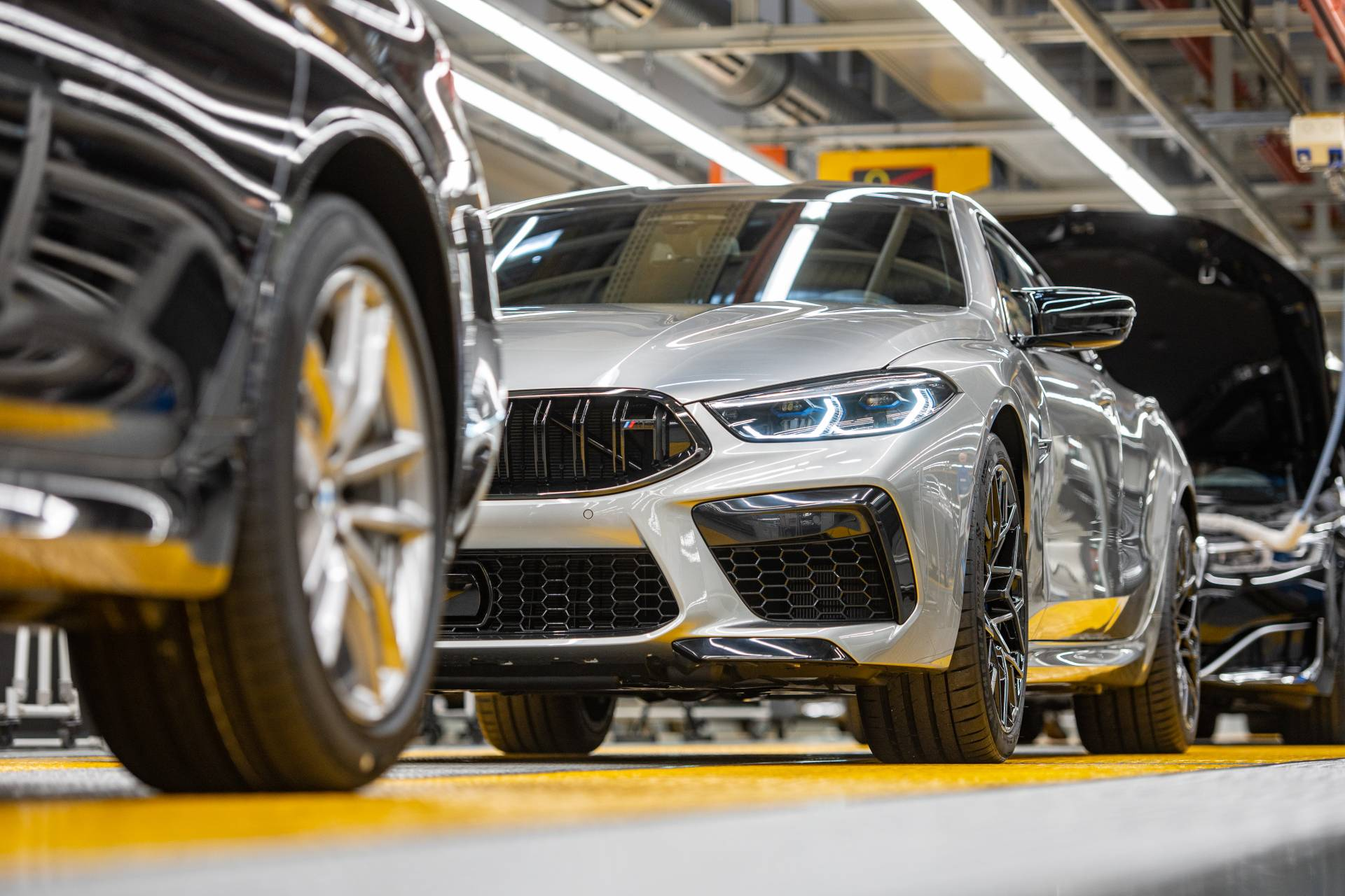 BMW-M8-Gran-Coupe-production-plant-factory-2