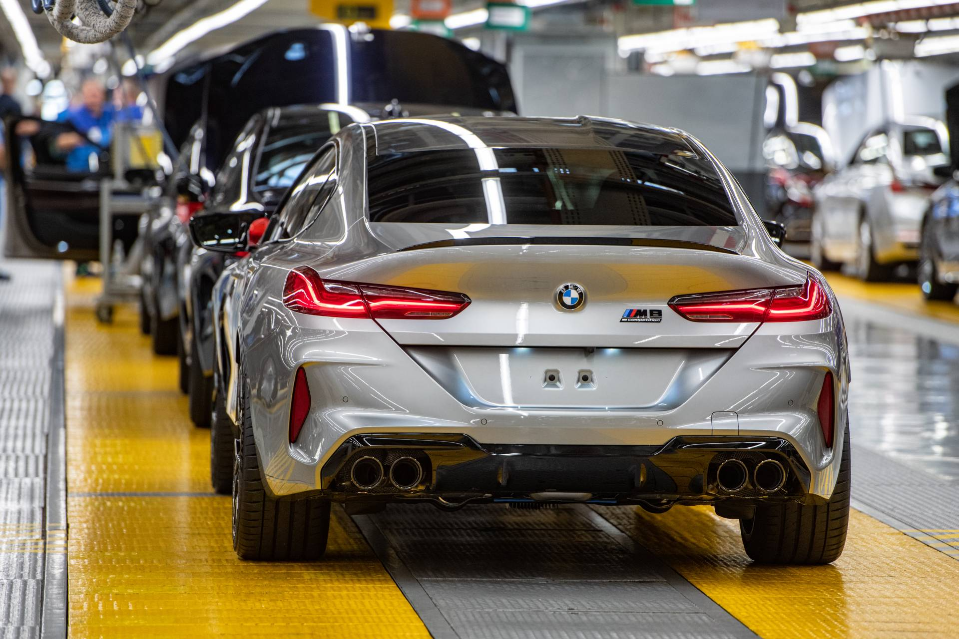 BMW-M8-Gran-Coupe-production-plant-factory-4