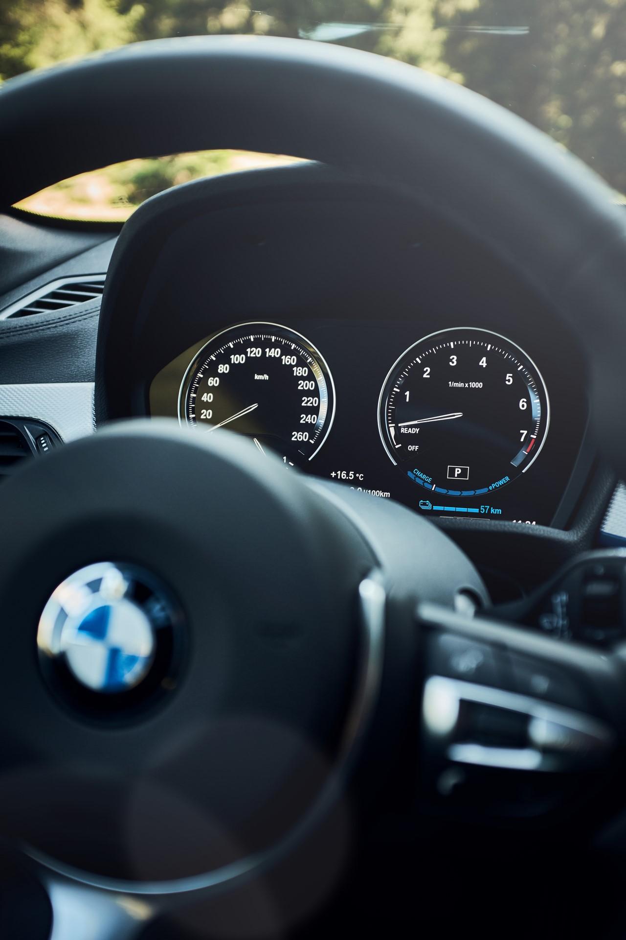 BMW-X1-xDrive25e-2019-14