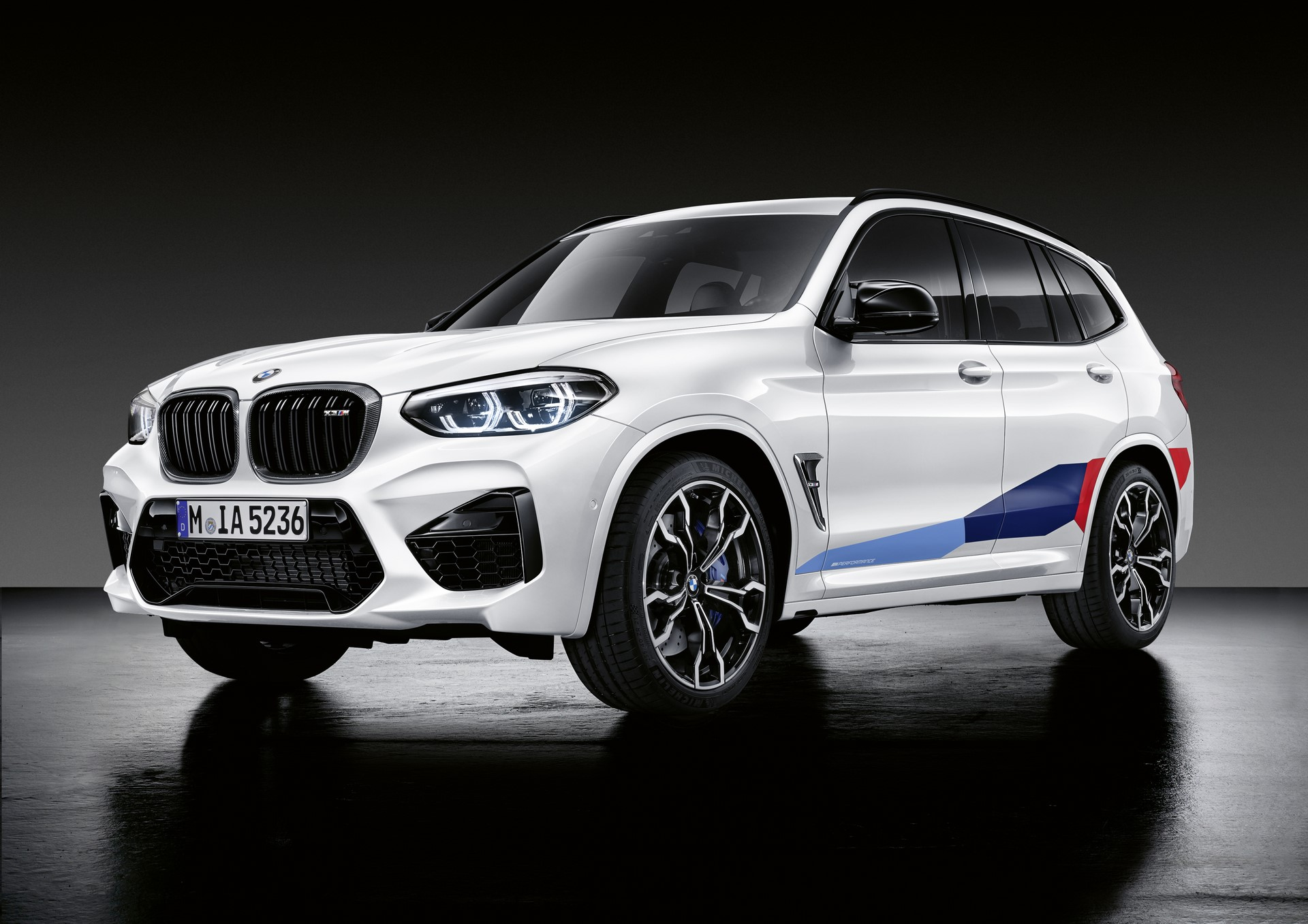 BMW-X3-M-and-BMW-X4-M-M-Performance-Parts-1