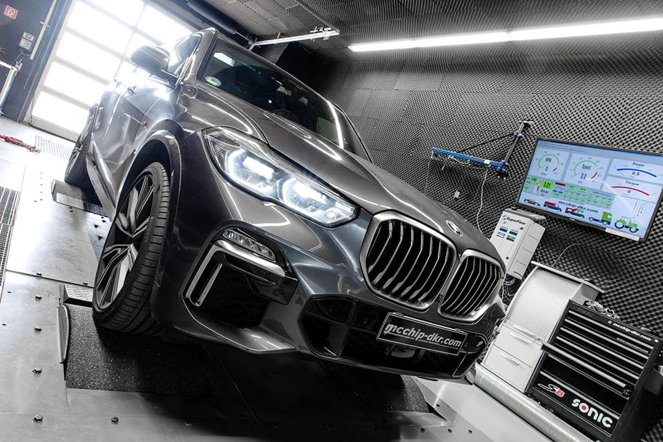 BMW X5 M50d by Mcchip DKR (2)