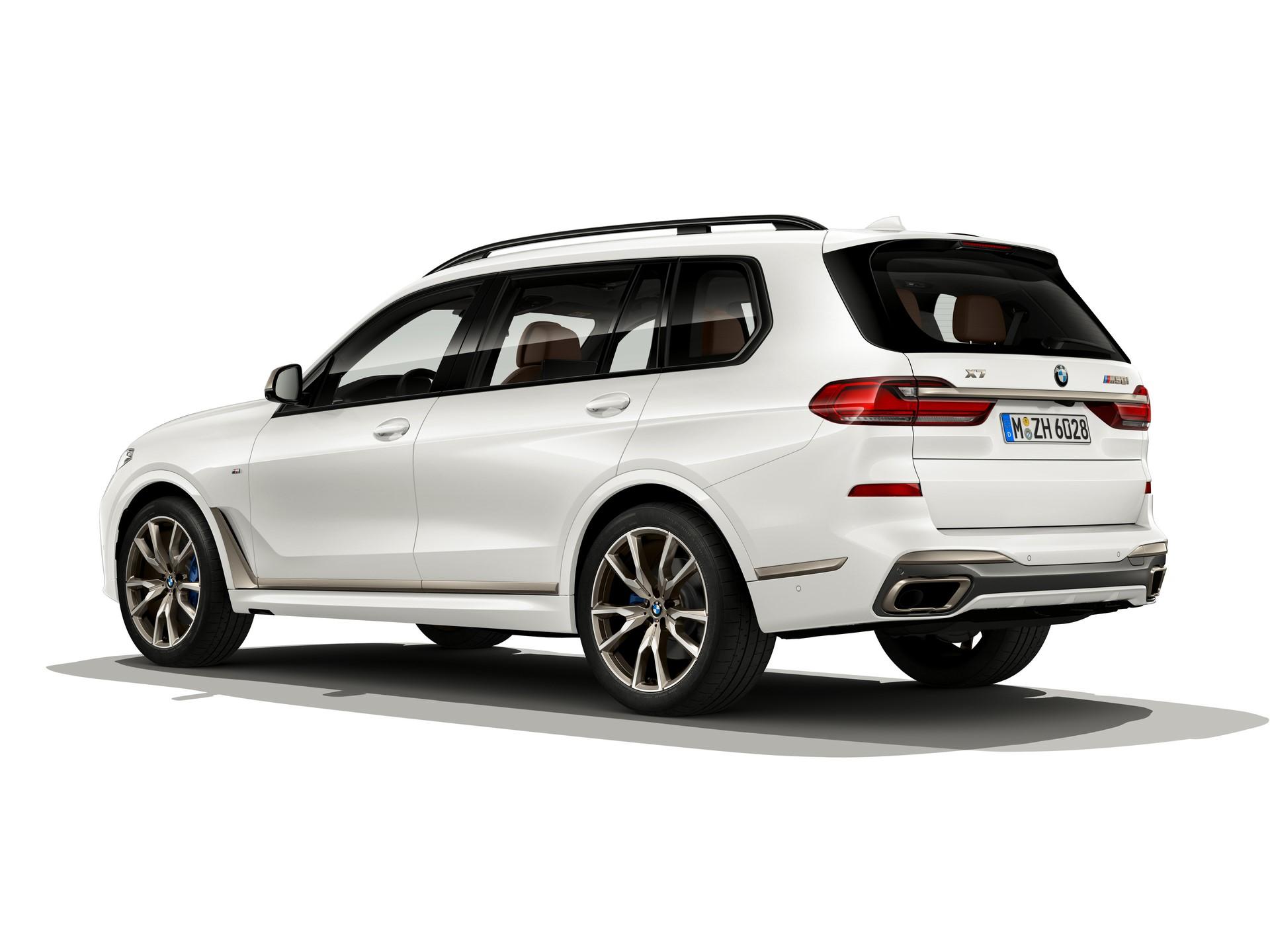 BMW-X7-M50i-2