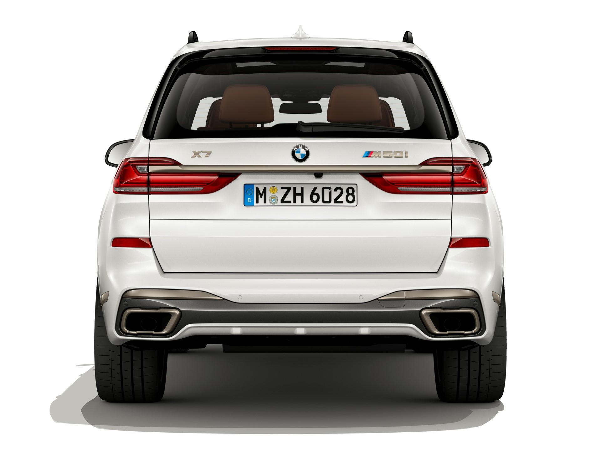BMW-X7-M50i-4