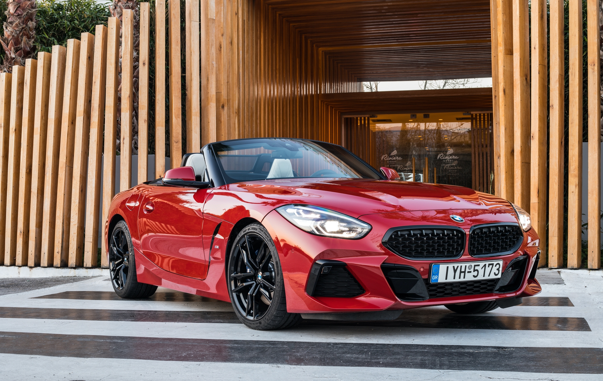 BMW_Z4_Greek_0005