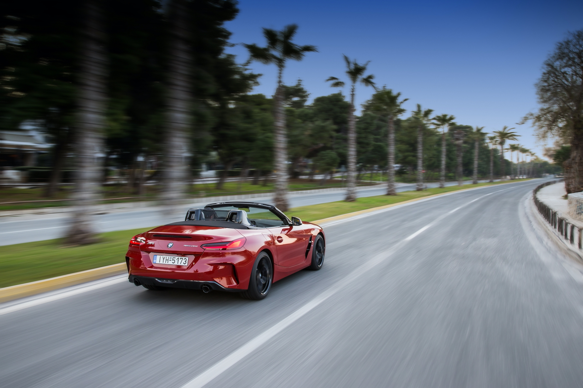 BMW_Z4_Greek_0023