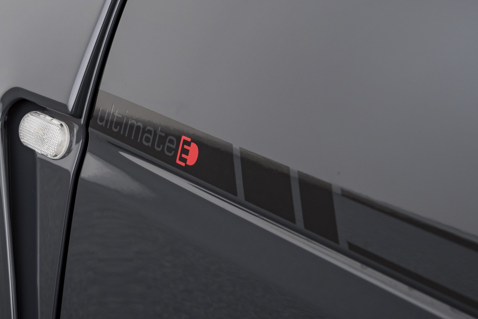 Brabus Ultimate E Shadow Edition (11)