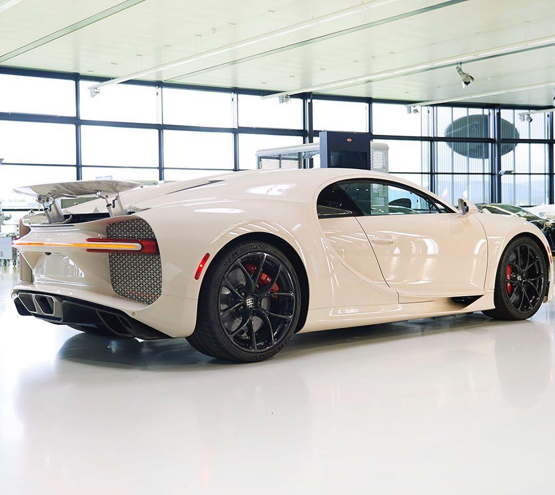 Bugatti-Chiron-Hermes-Edition-5