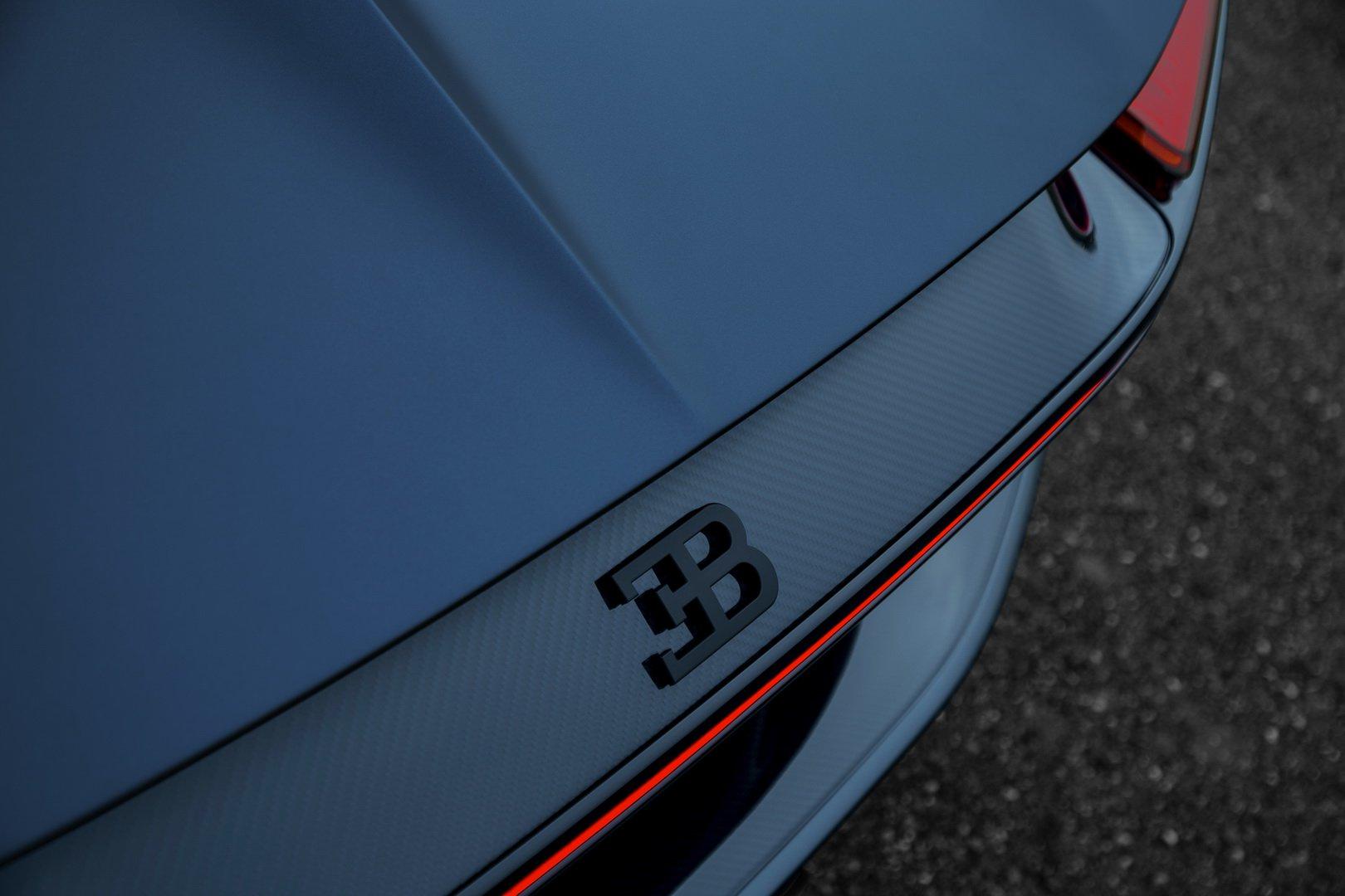 Bugatti_Chiron_Sport_110_Ans_0006