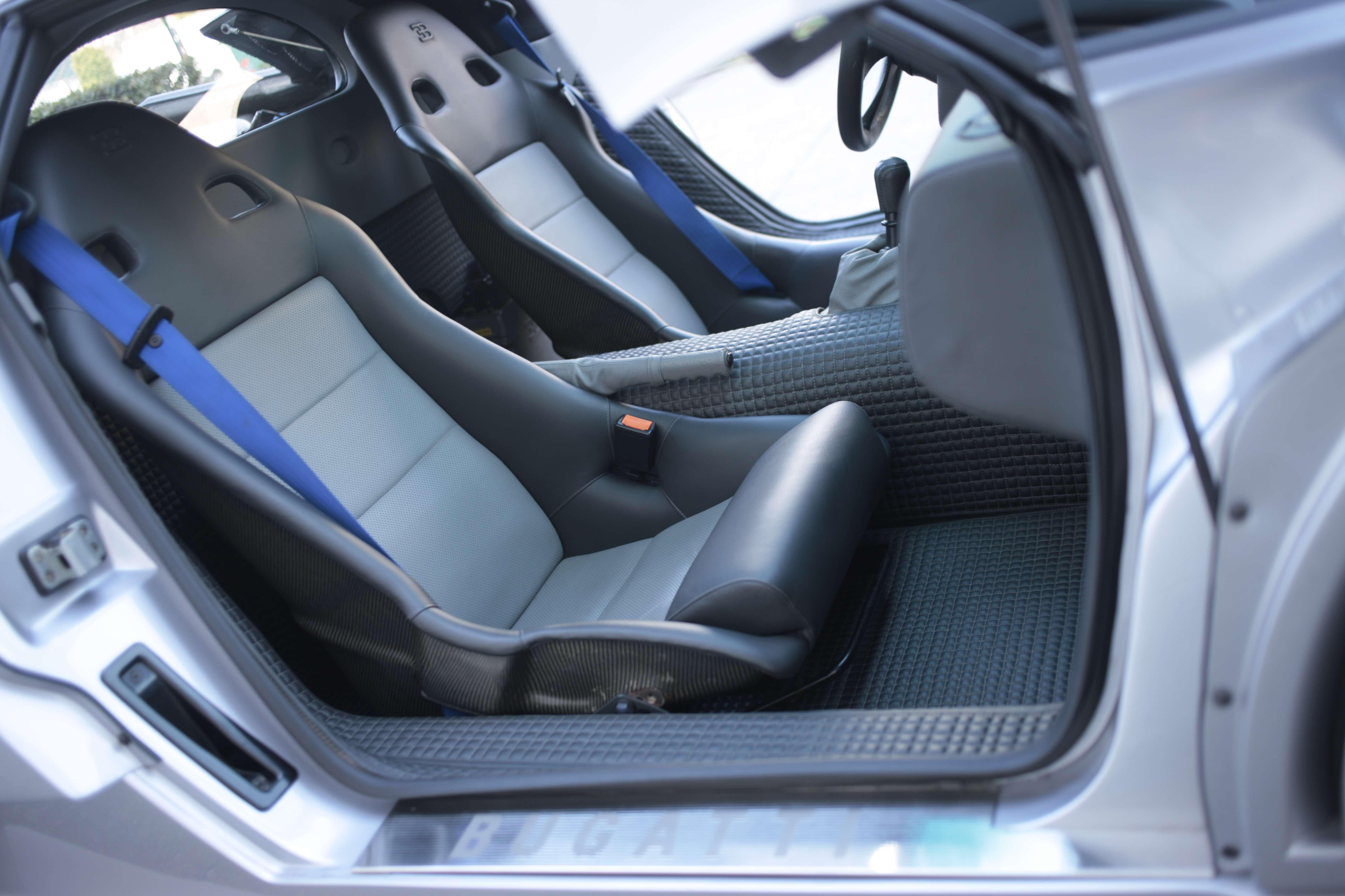 1995_Bugatti_EB110_SS_0003