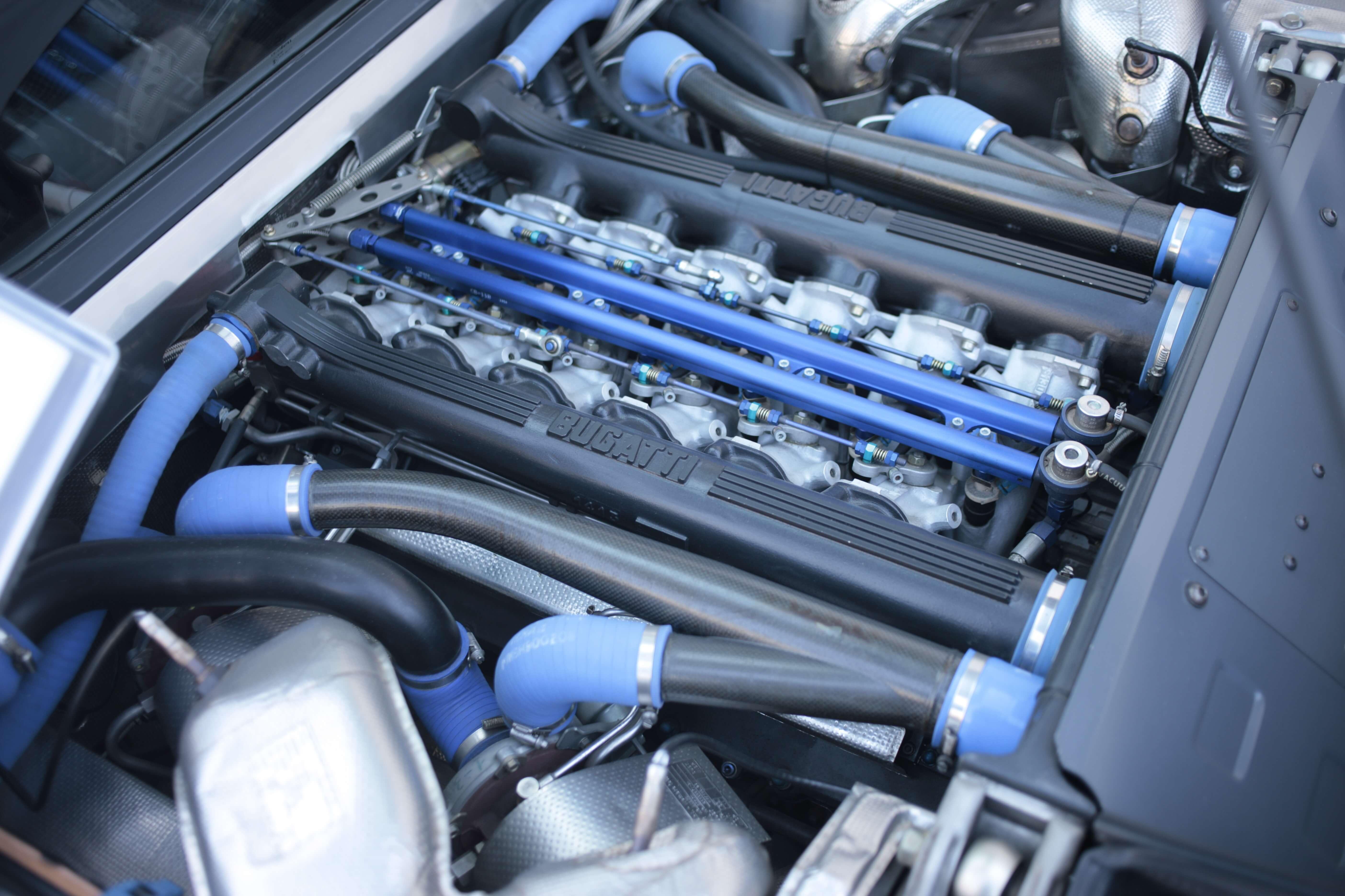 1995_Bugatti_EB110_SS_0004