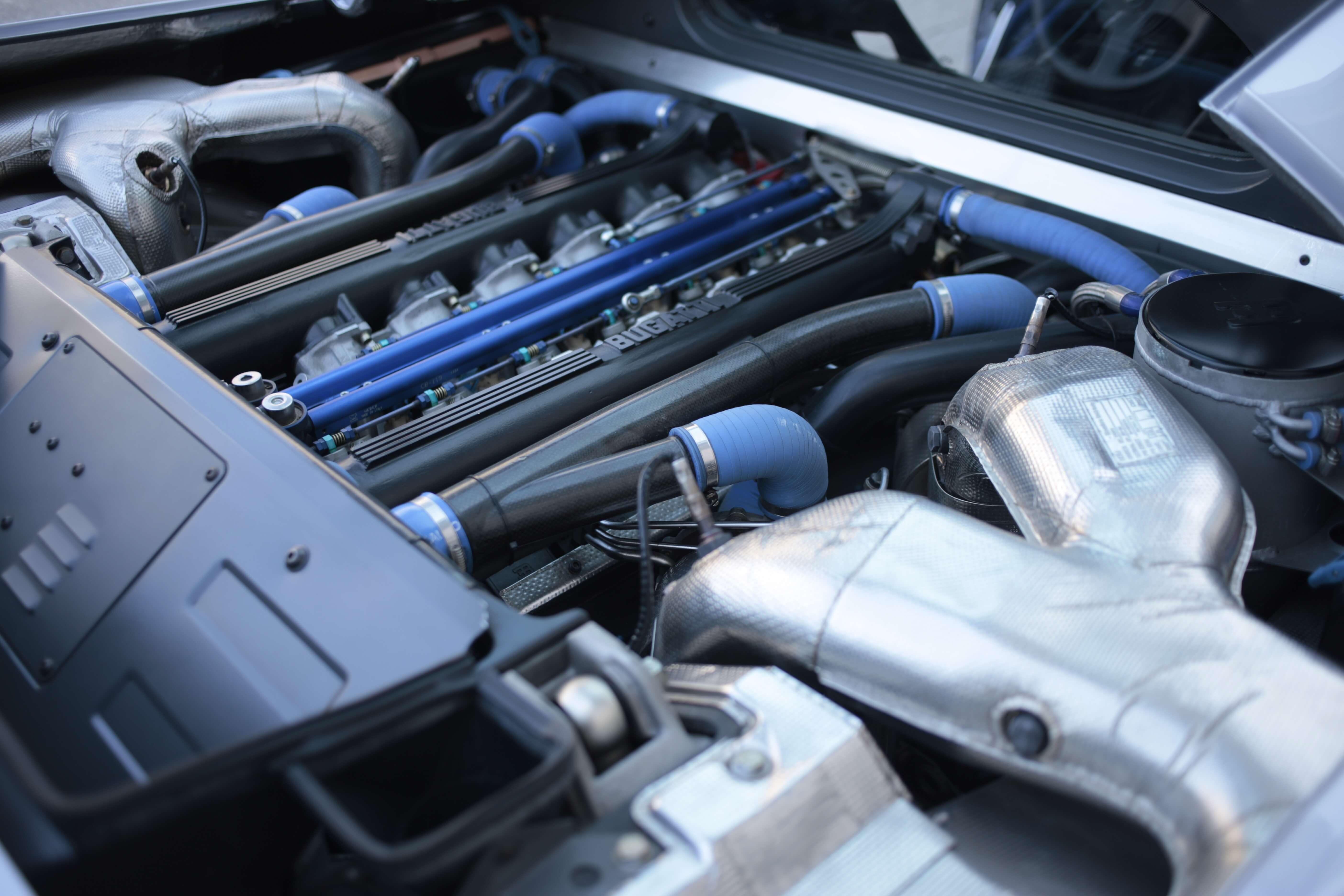 1995_Bugatti_EB110_SS_0005