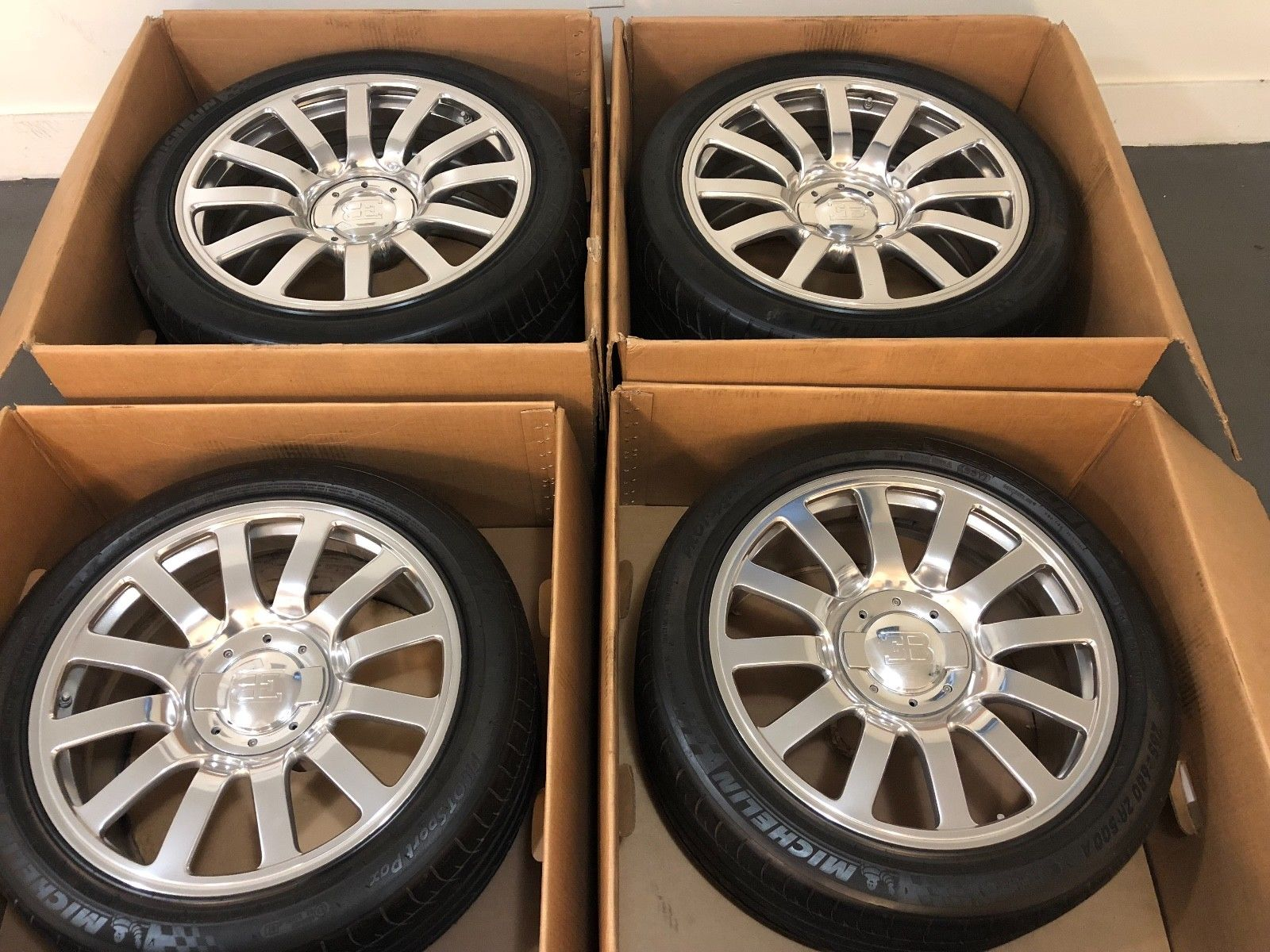 Bugatti Veyron Wheels and Tires for sale (1)