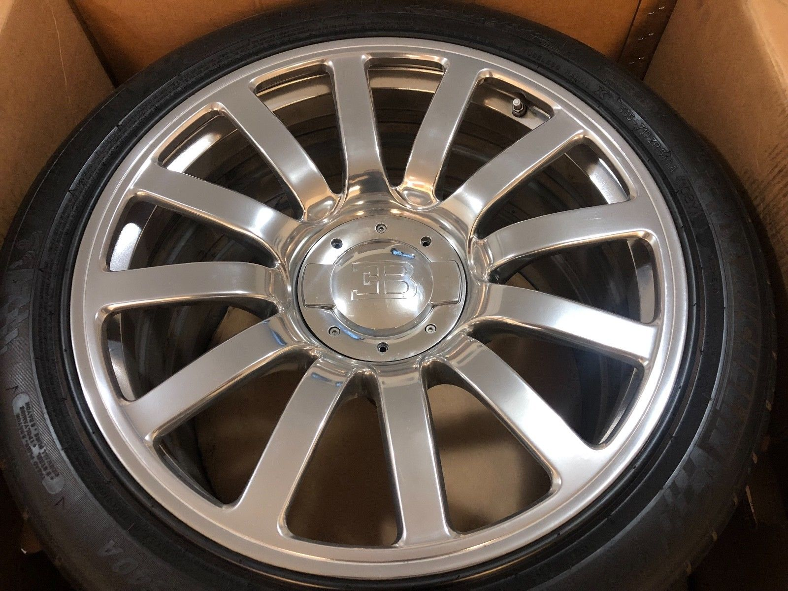 Bugatti Veyron Wheels and Tires for sale (2)