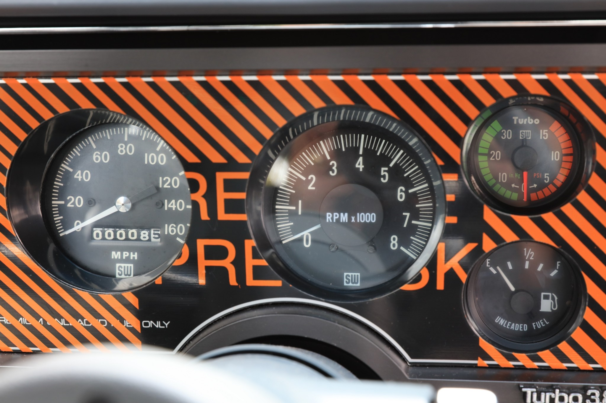 Buick GNX with only 13 km (24)