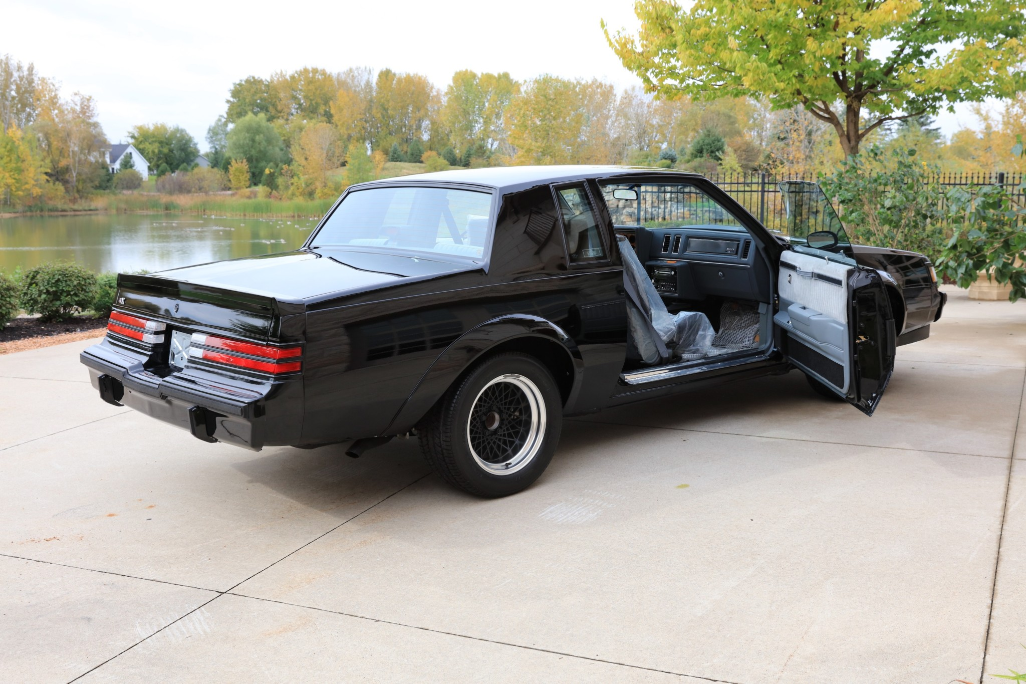 Buick GNX with only 13 km (39)
