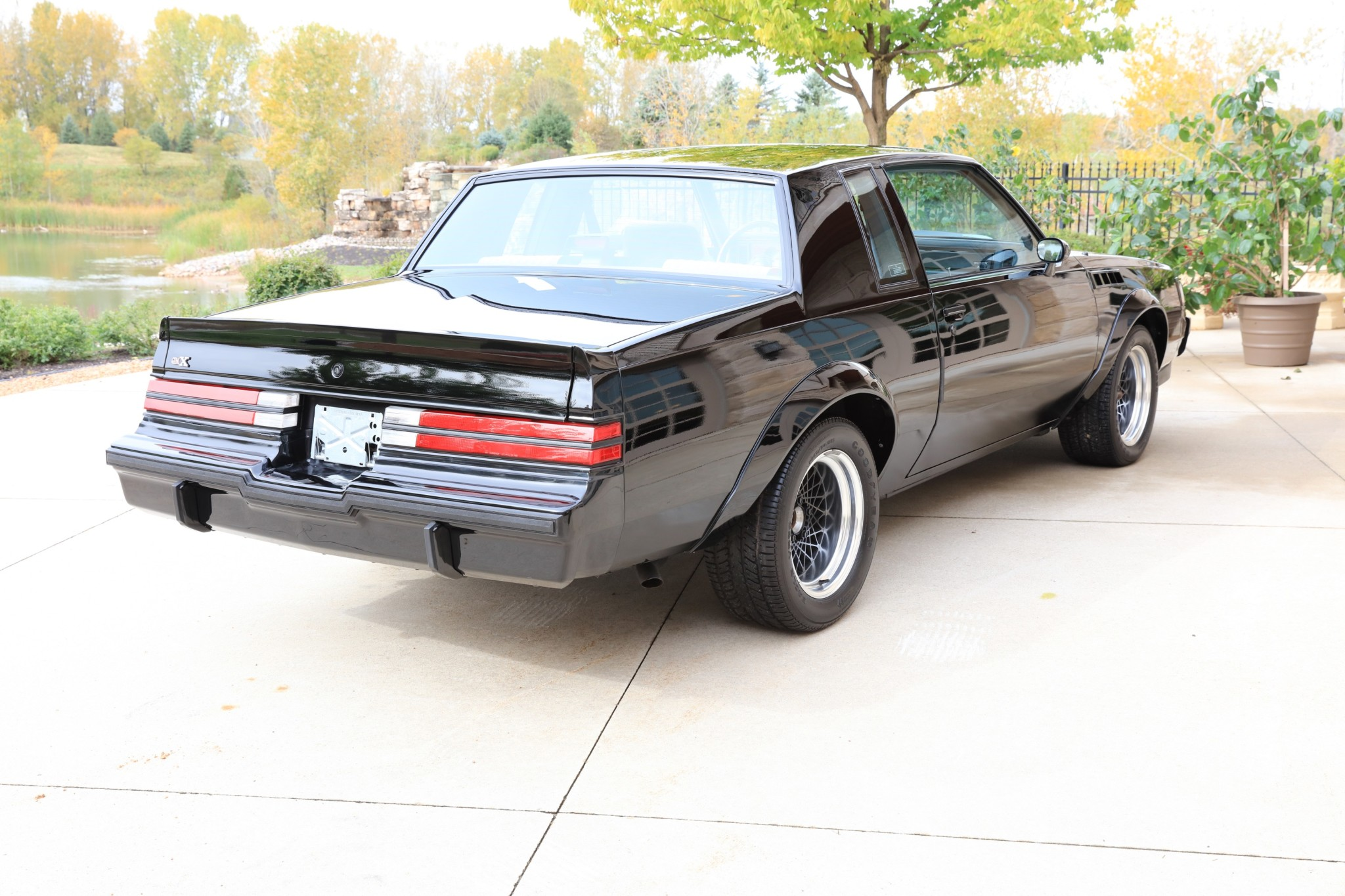 Buick GNX with only 13 km (5)