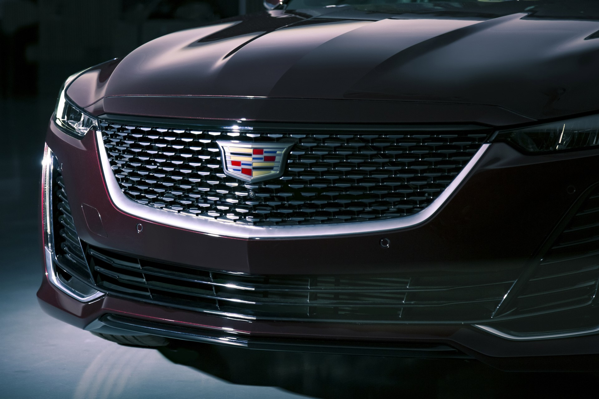 The CT5 Premium Luxury showcases Cadillac's unique expertise in crafting American performance sedans, with details designed to elevate every drive.