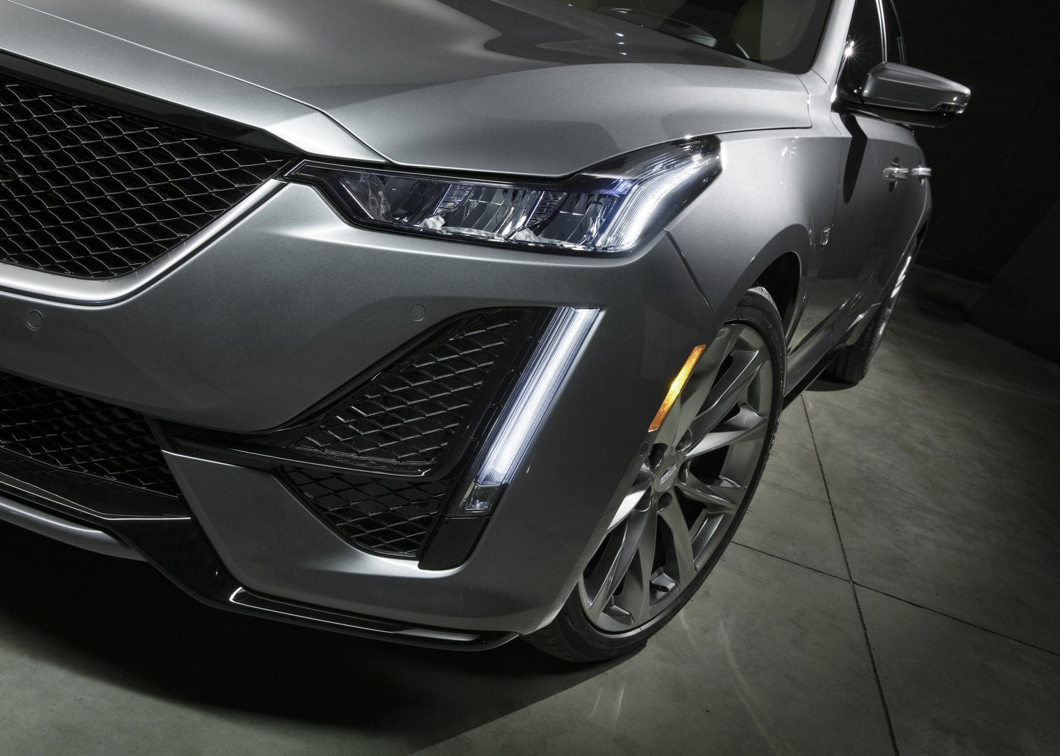 Cadillac CT5 (3)