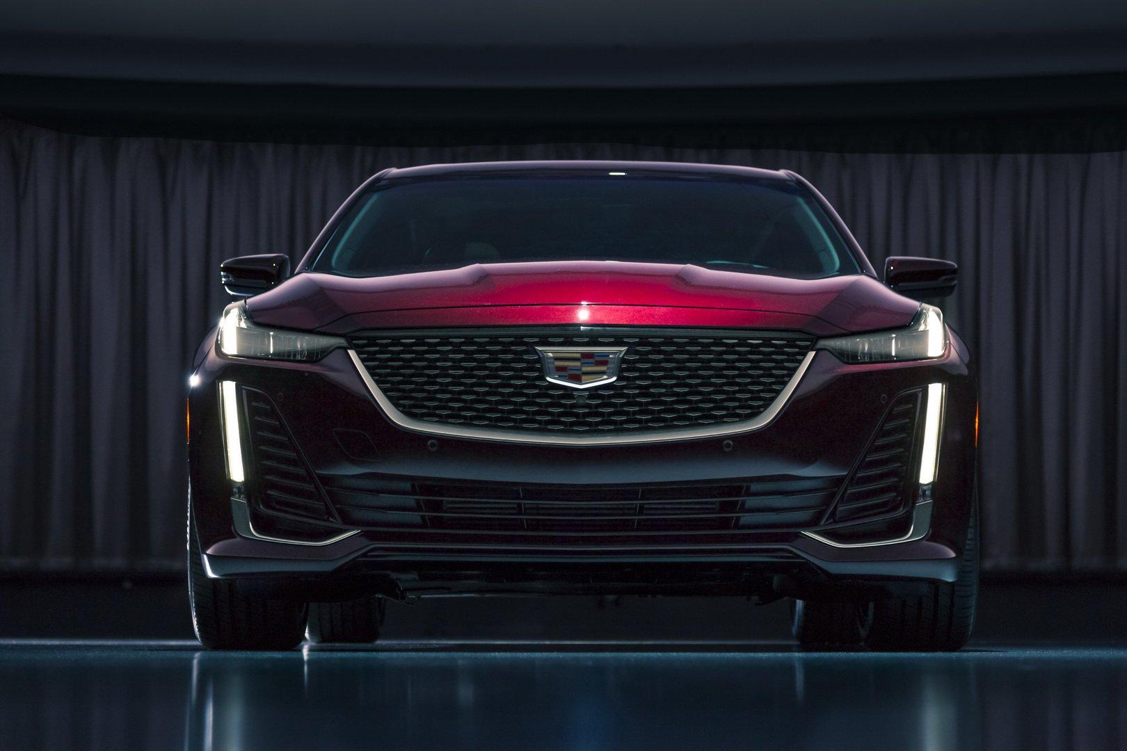 Cadillac CT5 (5)