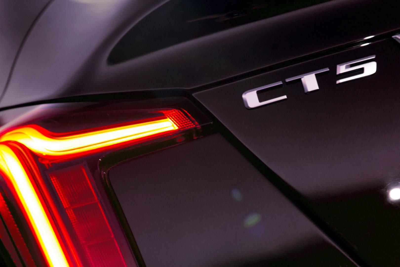 Cadillac CT5 (7)