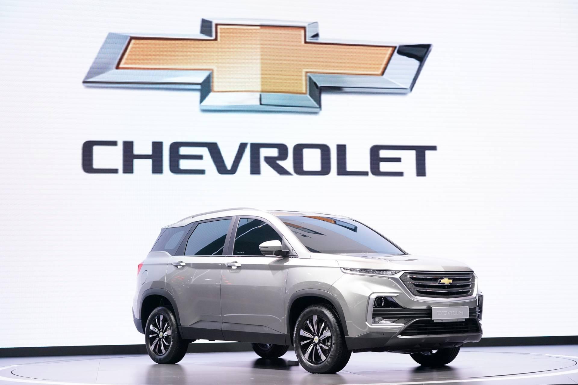 Chevrolet_Captiva_0003