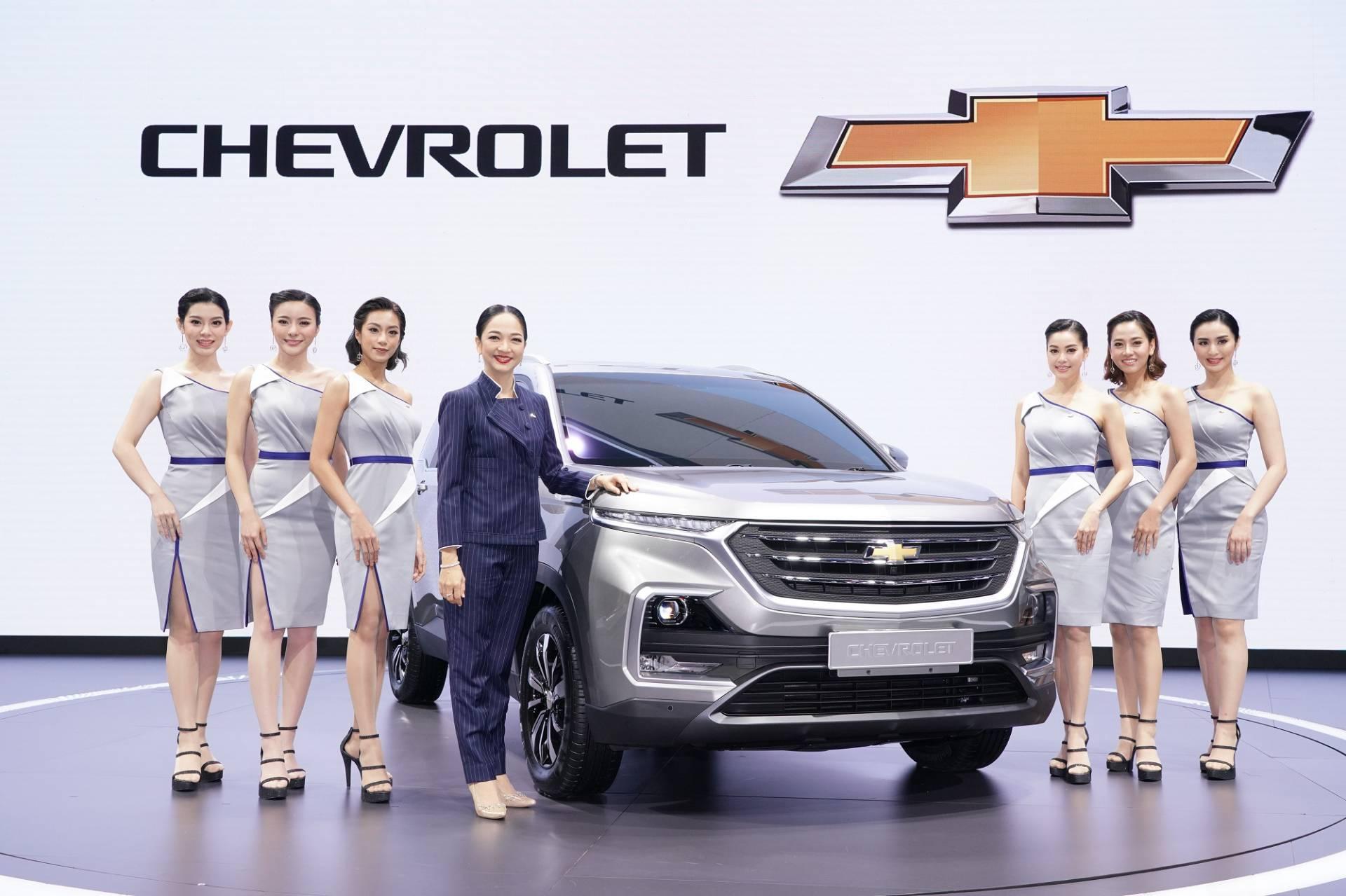 Chevrolet_Captiva_0010